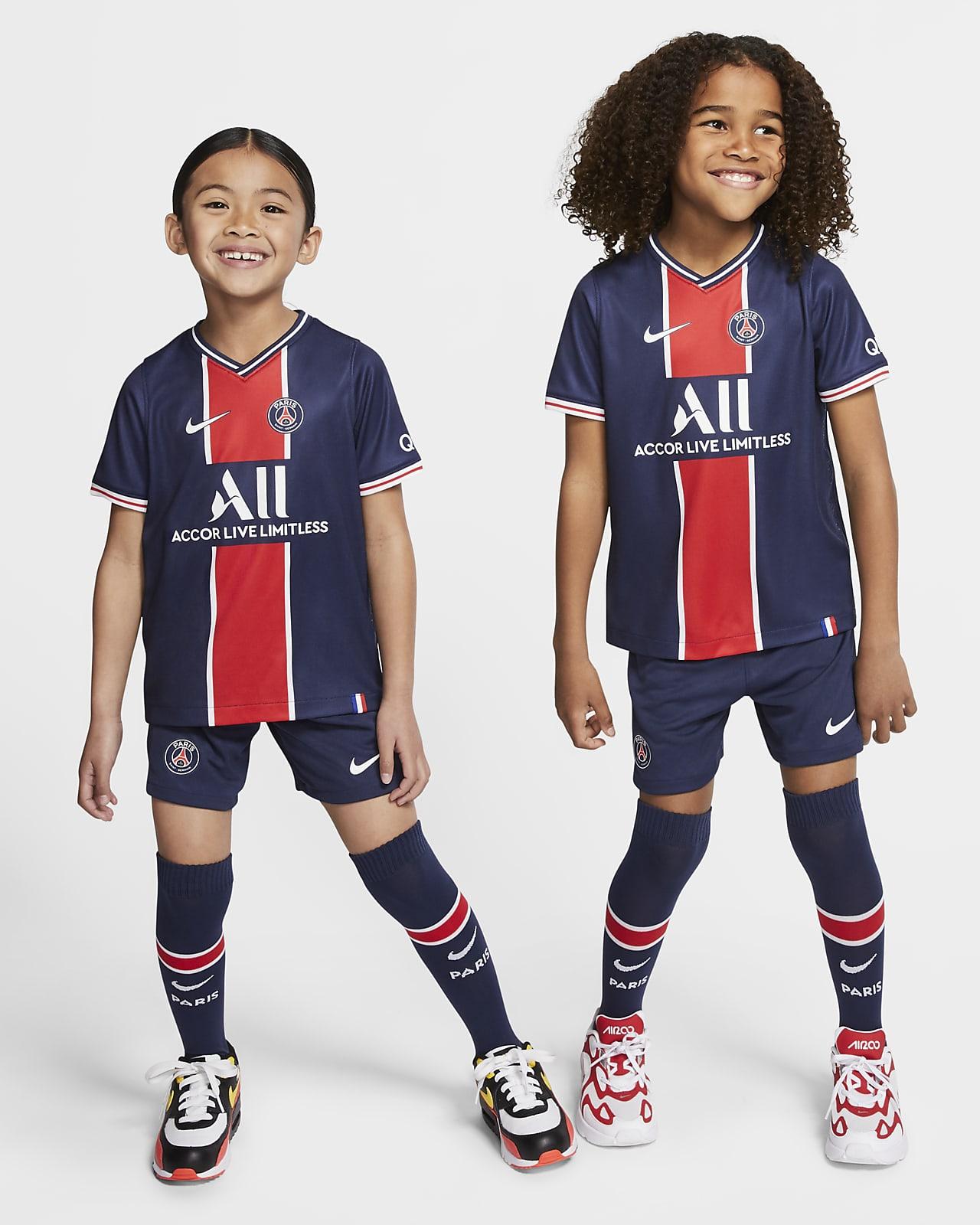 2020/21 赛季巴黎圣日耳曼主场幼童足球套装