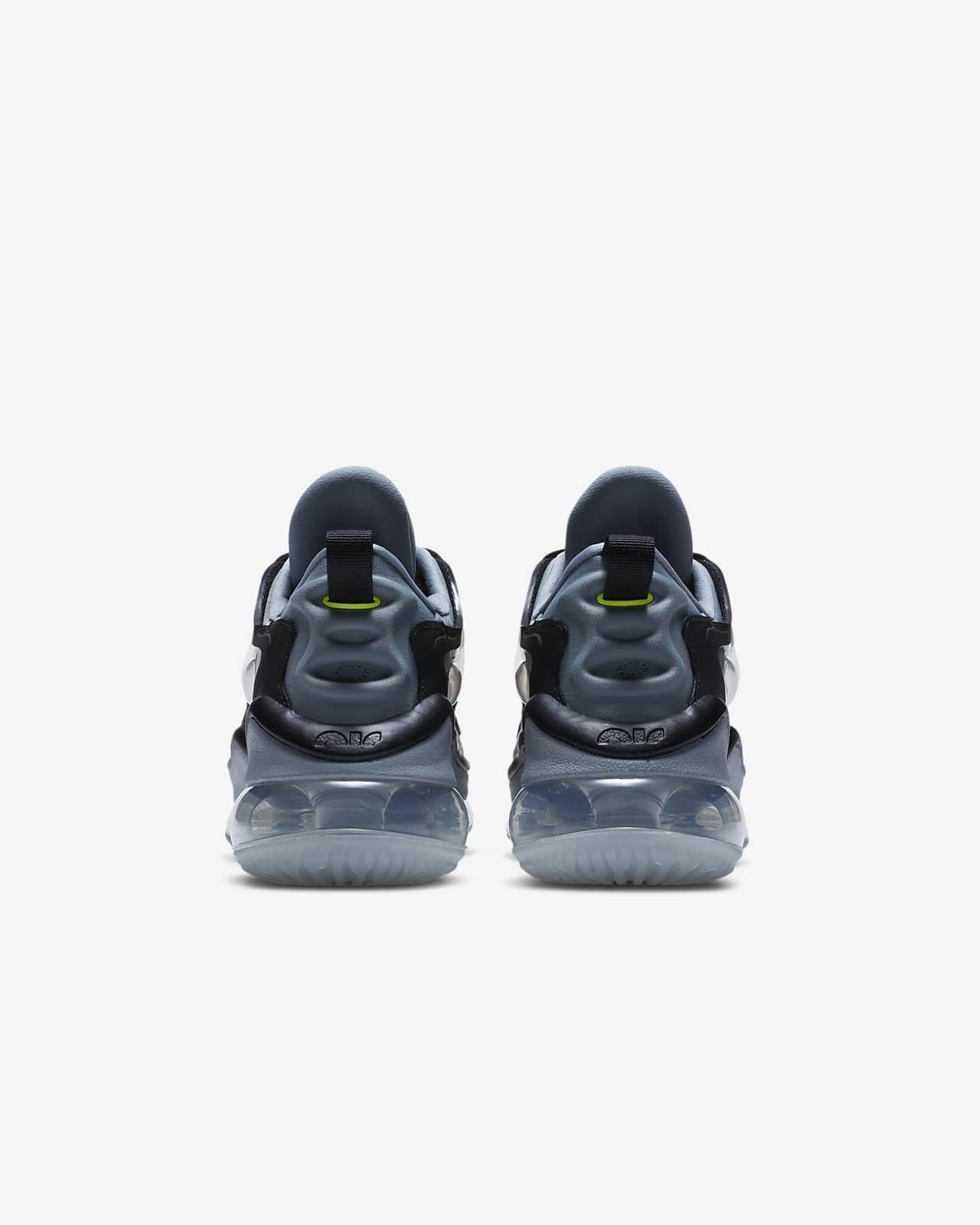 chaussure nike pour enfant