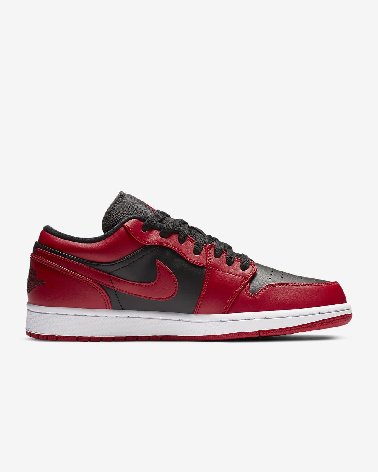 Air Jordan 1 Low Shoe. Nike PH