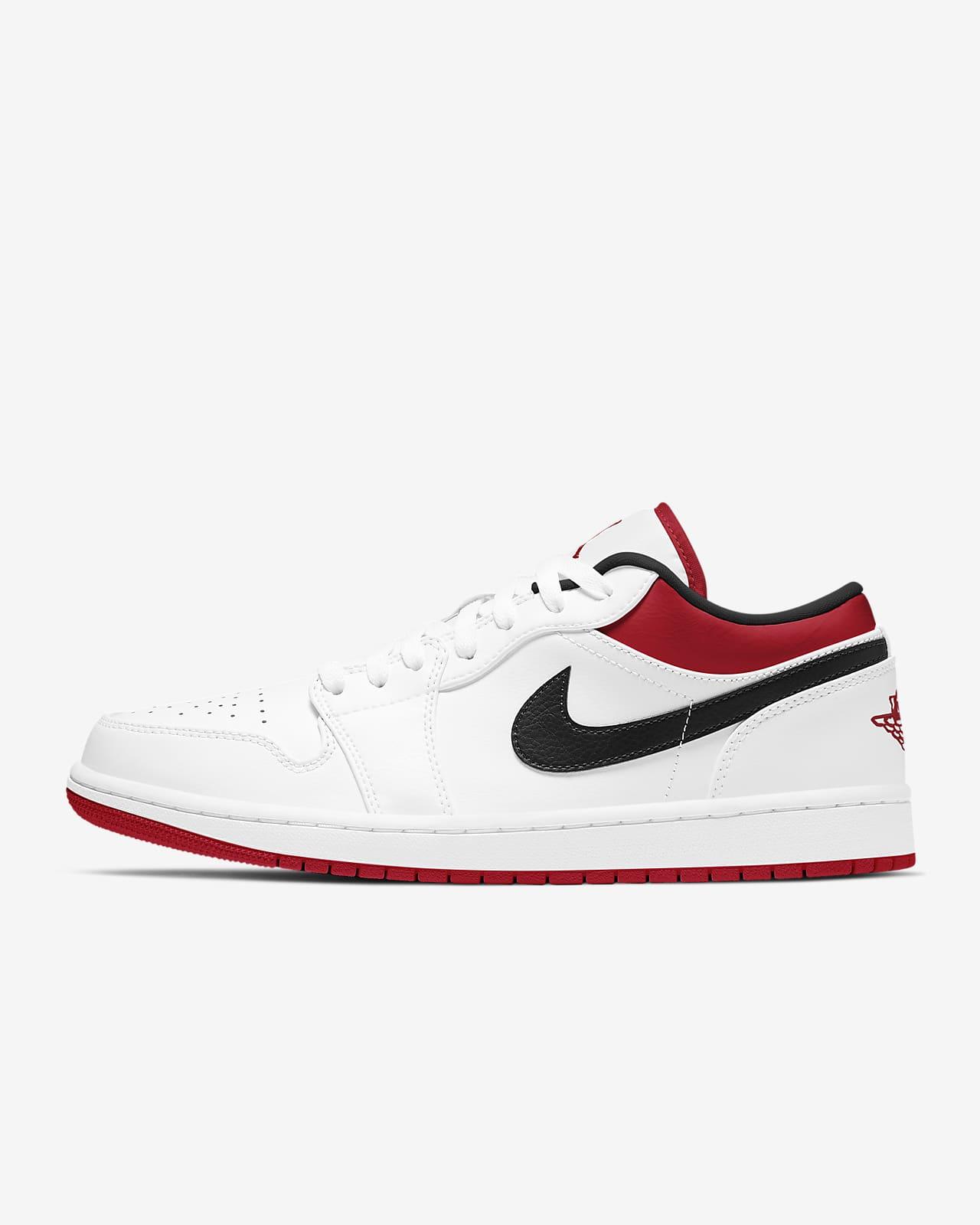 Air Jordan 1 Low Shoe. Nike SI