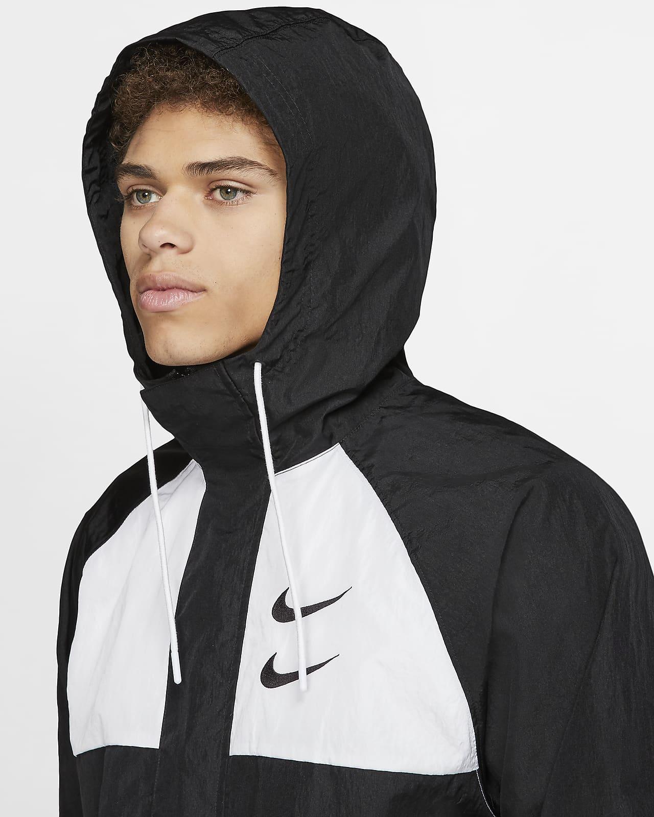 Nike Sportswear Swoosh vevd hettejakke til herre. Nike NO