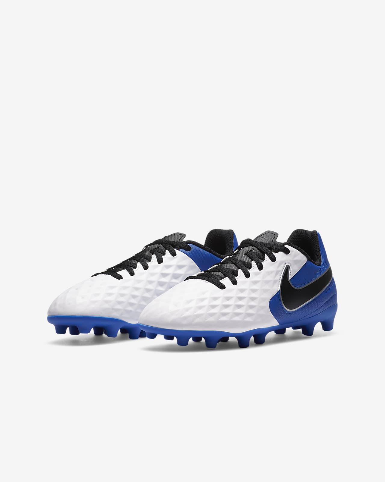 Nike Tiempo Legend 8 Club MG fotballsko for flere underlag