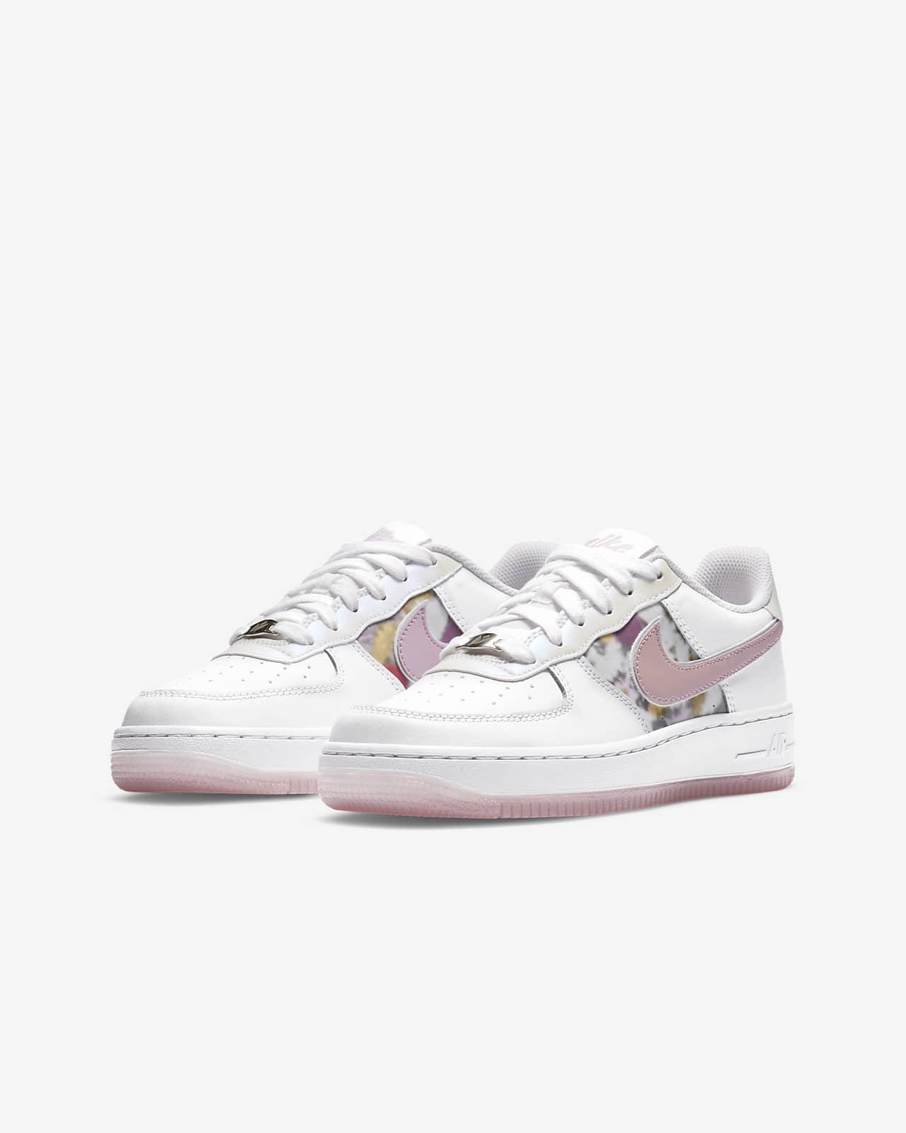 Nike Air Force 1 Older Kids' Shoe. Nike SG