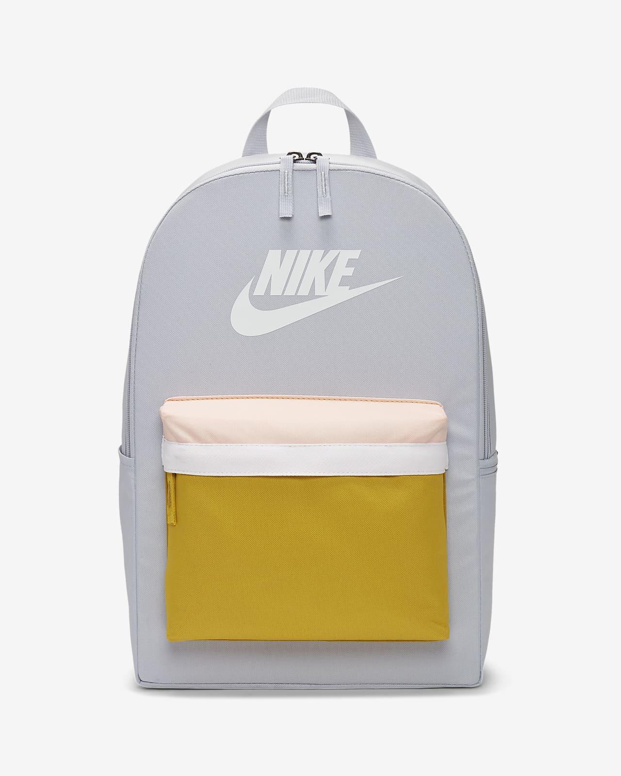 เป้สะพายหลัง Nike Heritage 2.0