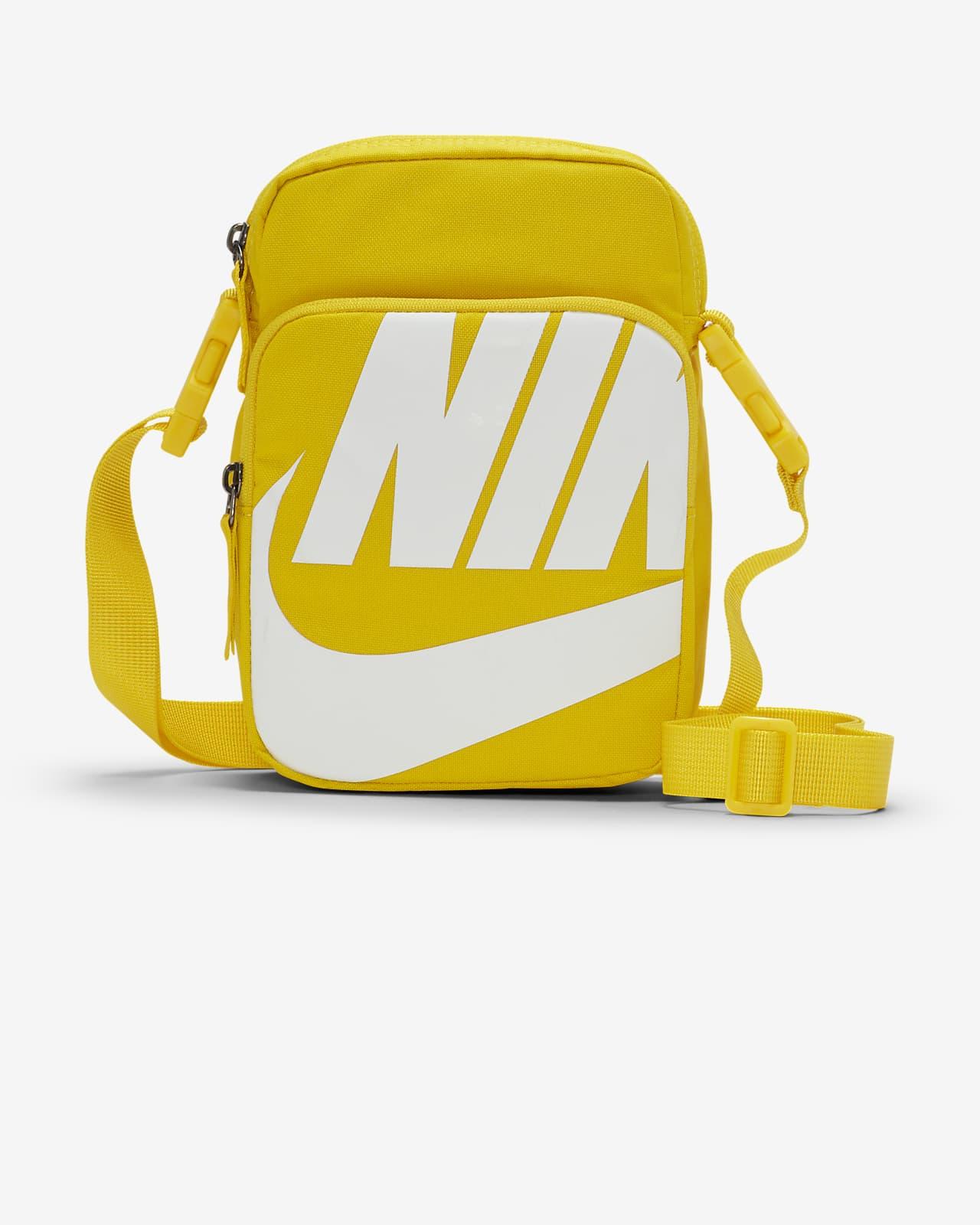 กระเป๋า Nike Heritage 2.0