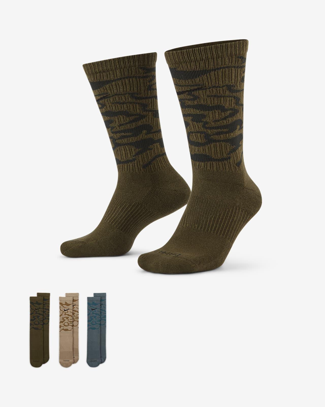 Nike Everyday Plus Cushioned Training Crew Socks (3 Pairs)