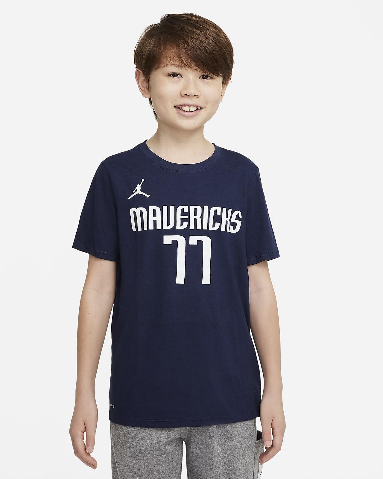 Dallas Mavericks Older Kids' Nike Dri-FIT NBA T-Shirt