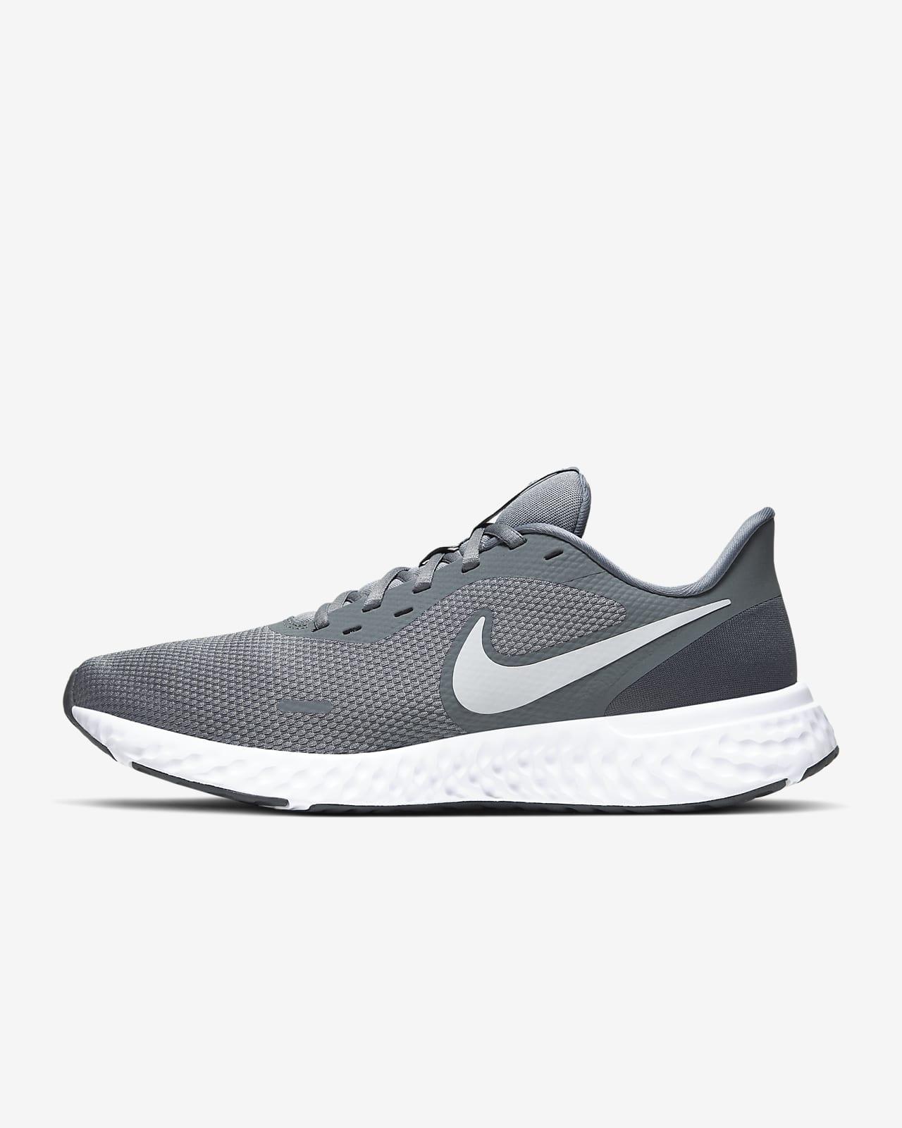 Мужские кроссовки для бега по шоссе Nike Revolution 5