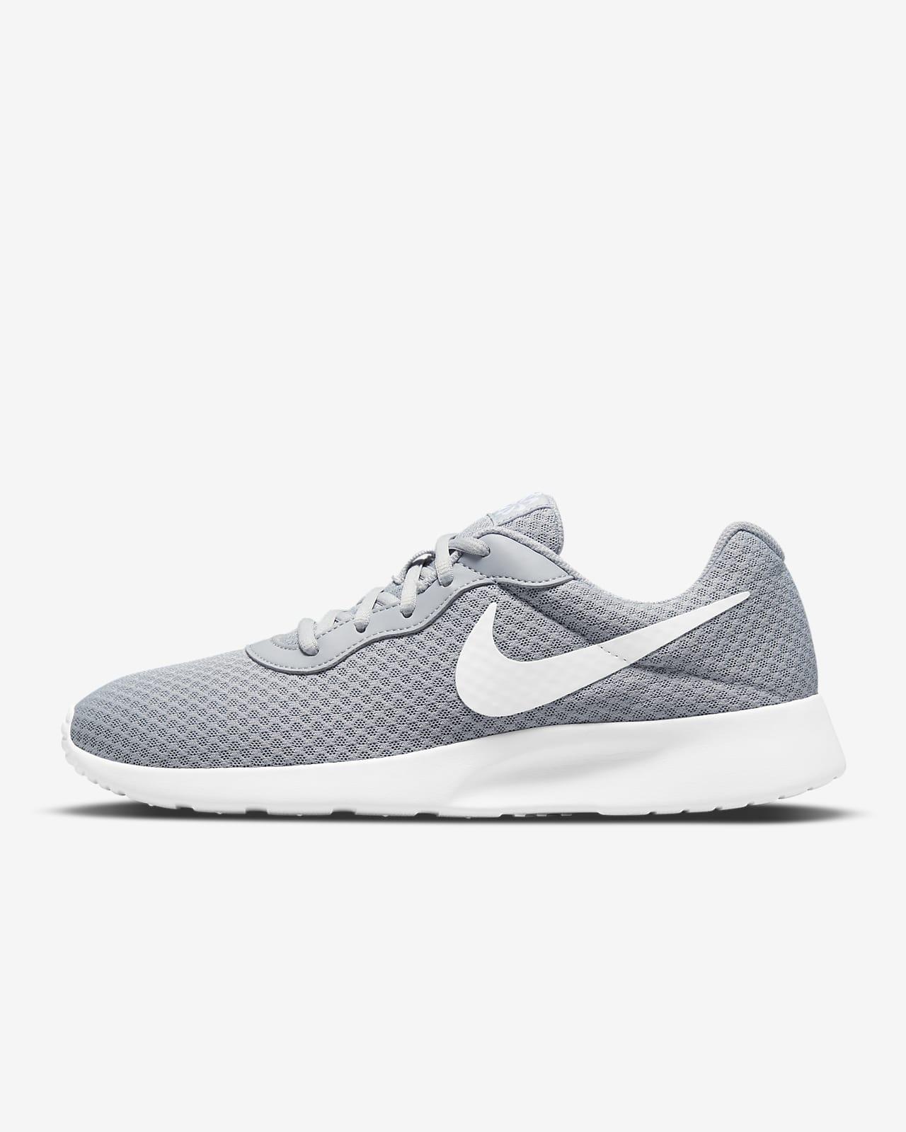 Chaussures Nike Tanjun pour Homme. Nike LU