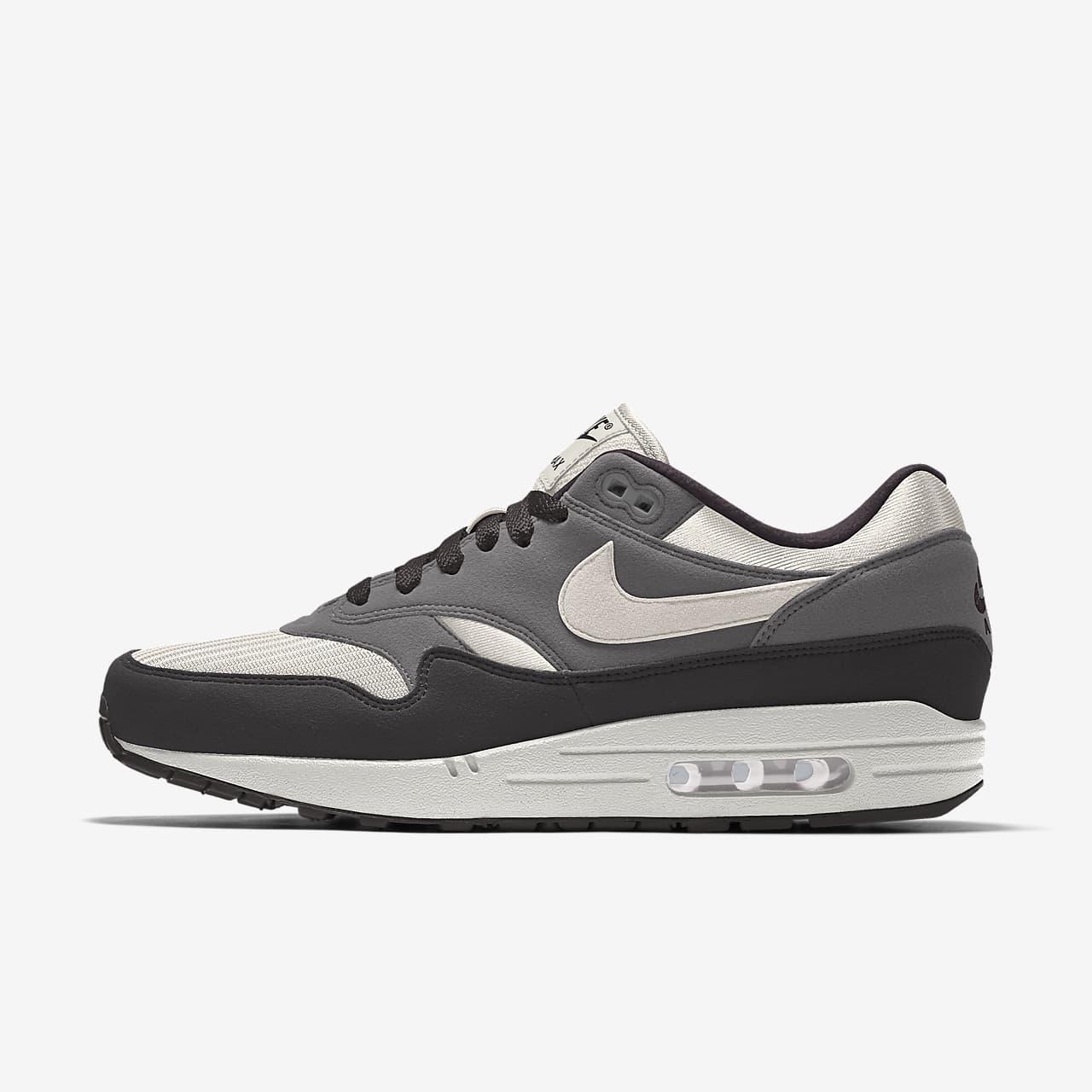Specialdesignad sko Nike Air Max 1 By You för män