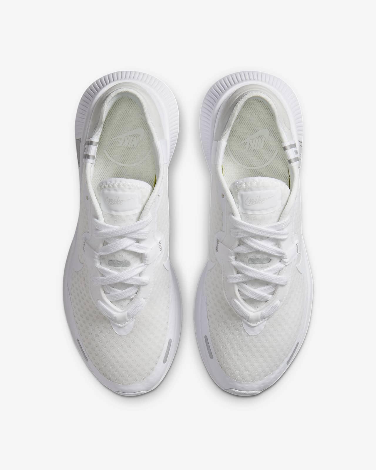 nike footwear for ladies