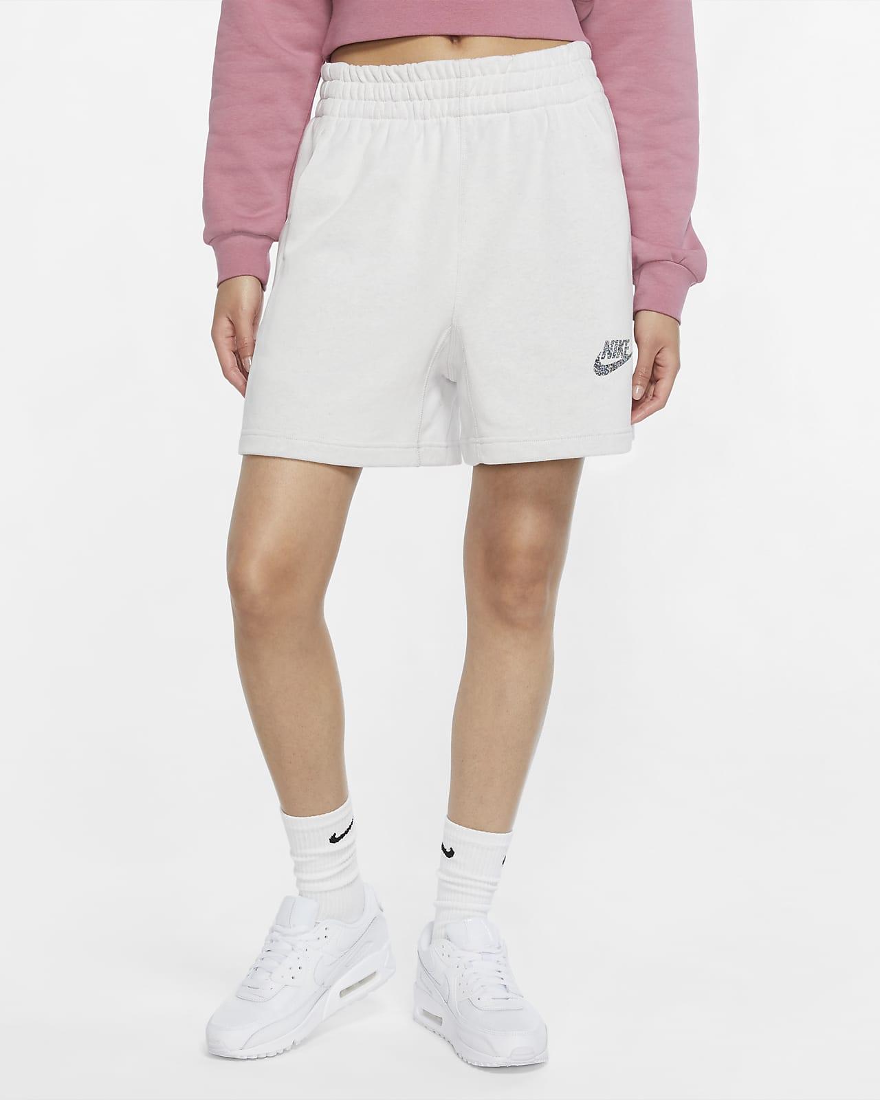 กางเกงขาสั้นผู้หญิง Nike Sportswear