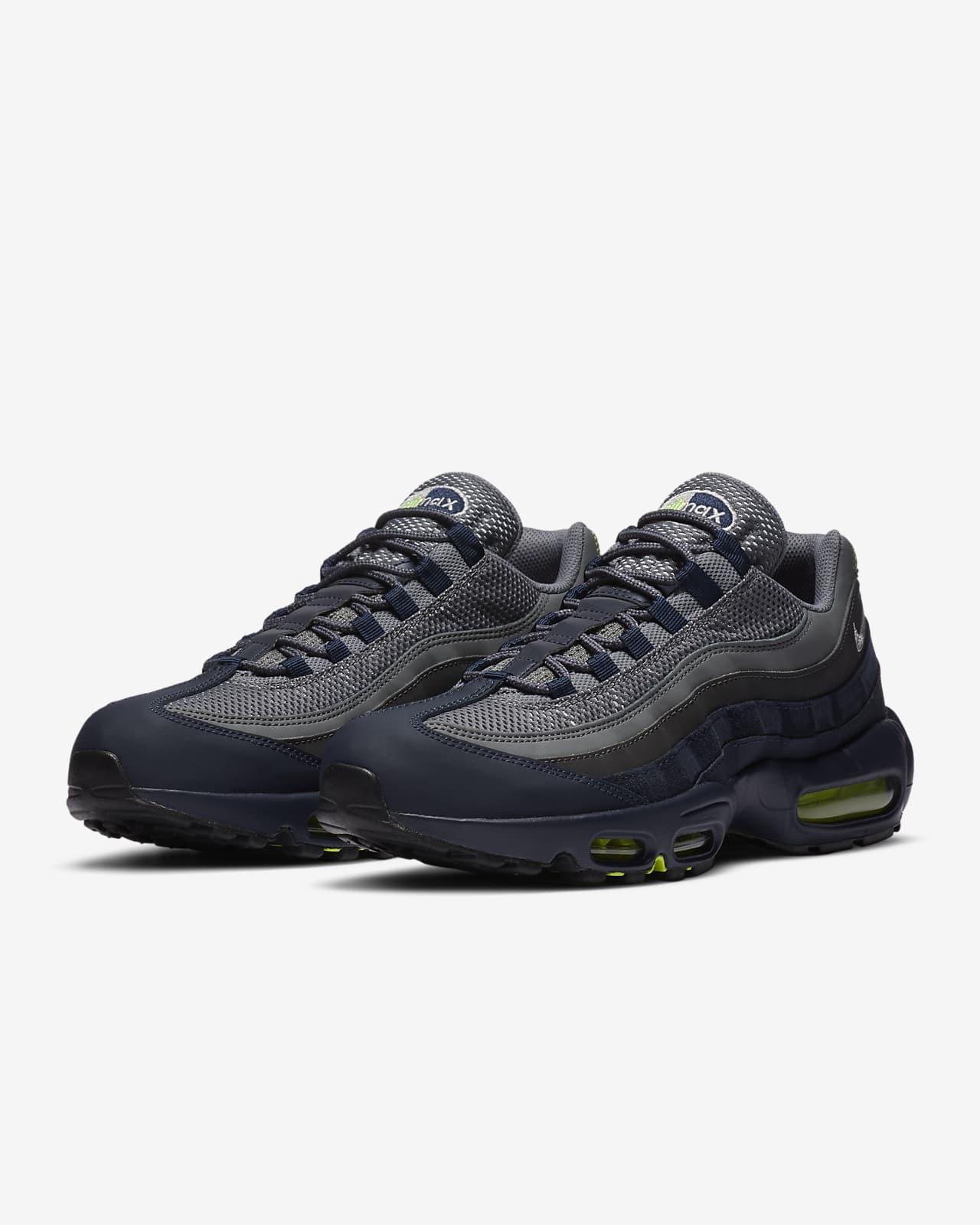 Nike Air Max 95 Men's Shoe. Nike LU