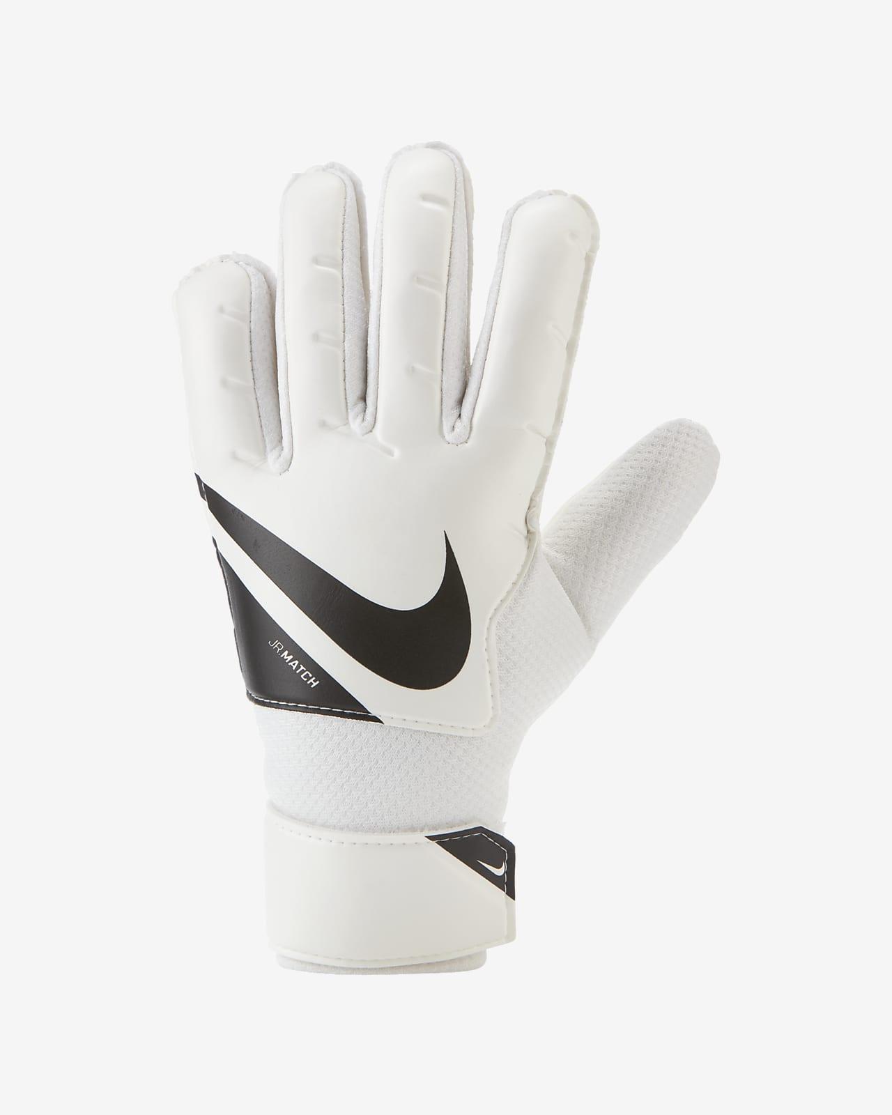 Nike Jr. Goalkeeper Match Older Kids' Football Gloves