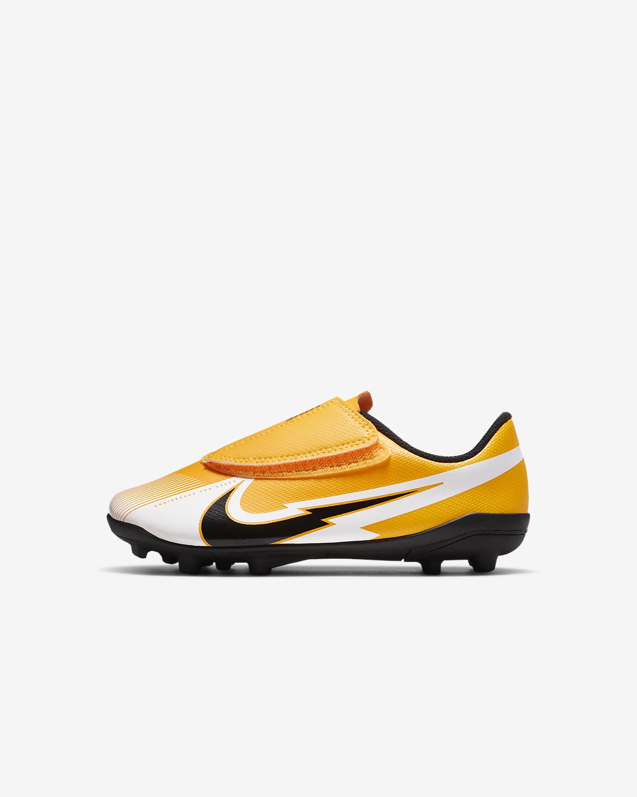 chaussures a peit crampons nike