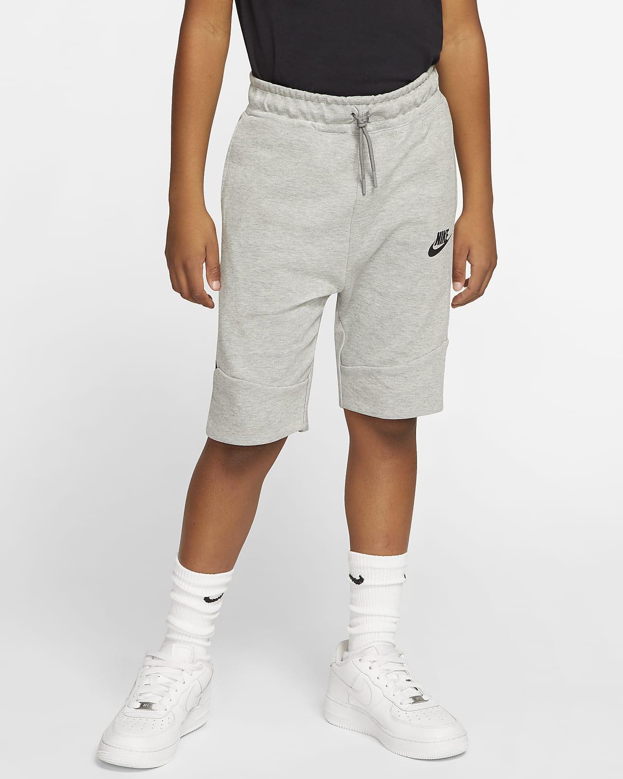 Nike Sportswear Tech Fleece shorts til store barn