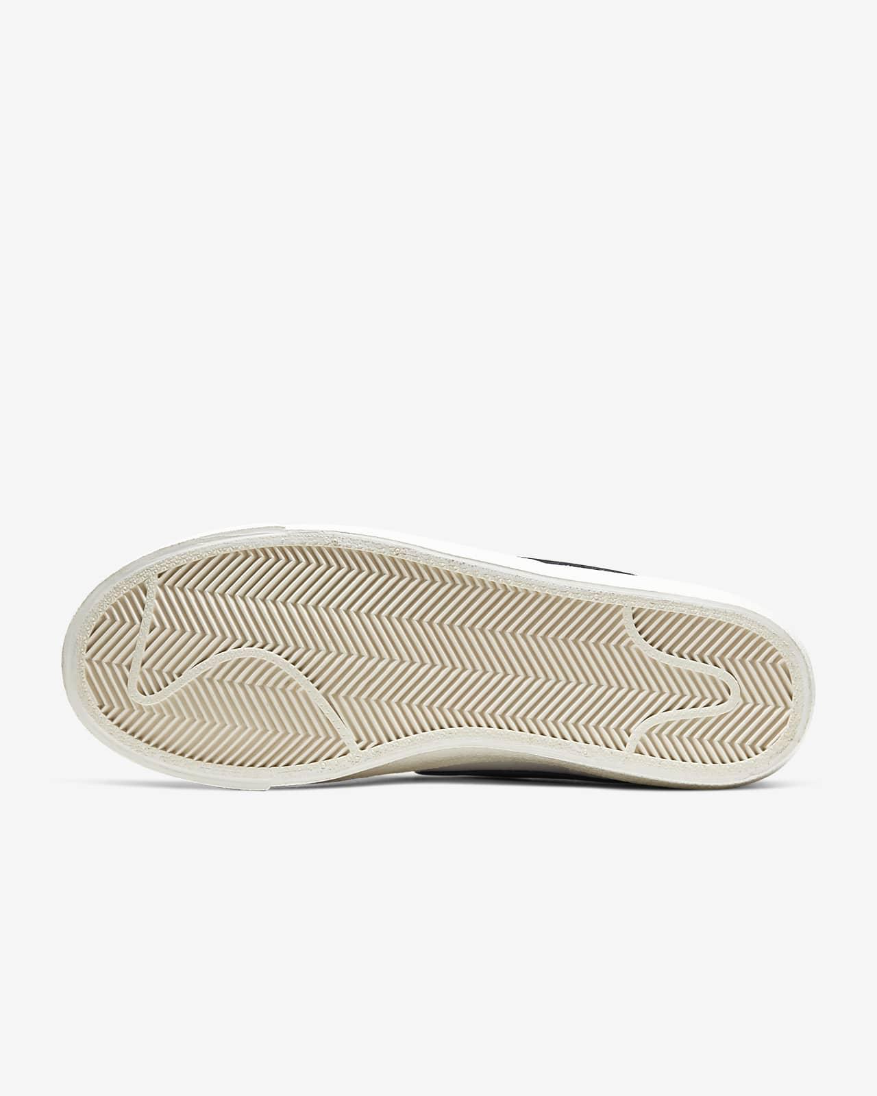 Nike Blazer Mid '77 Vintage Women's Shoe. Nike LU