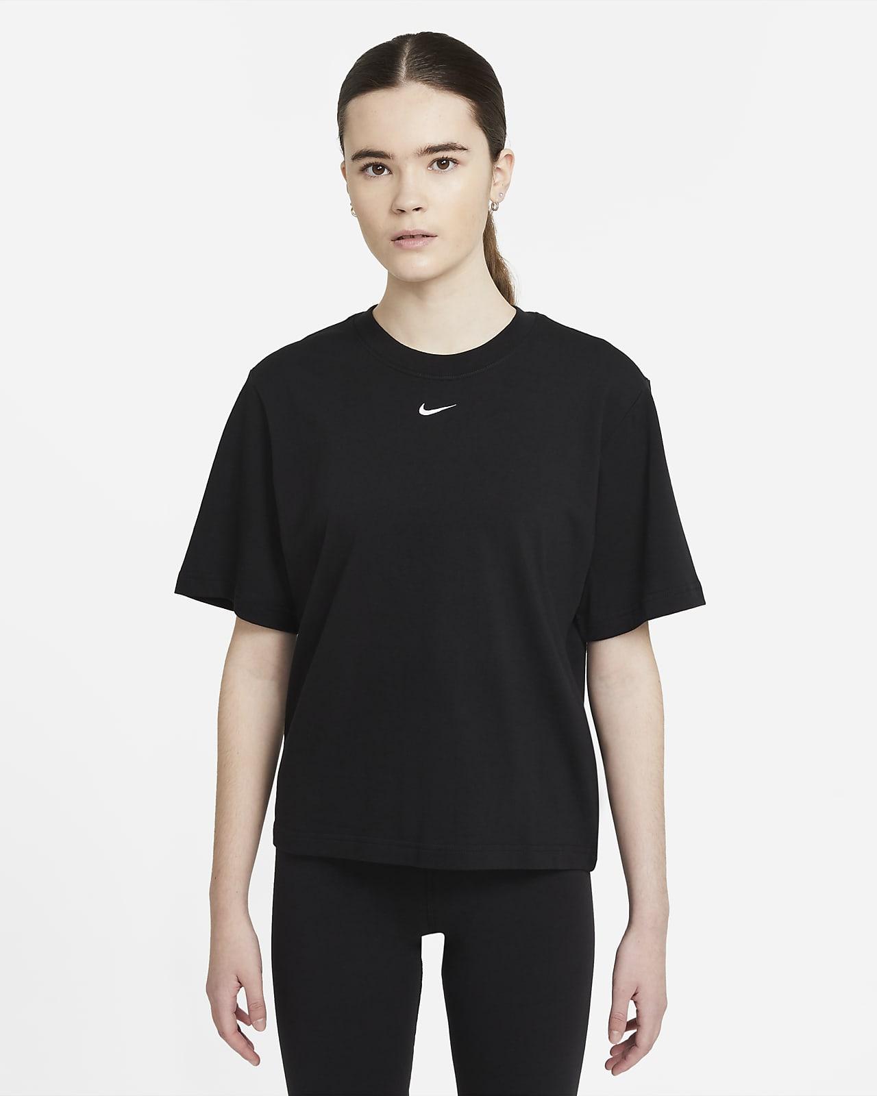 Nike Sportswear Essential Women's Boxy T-Shirt