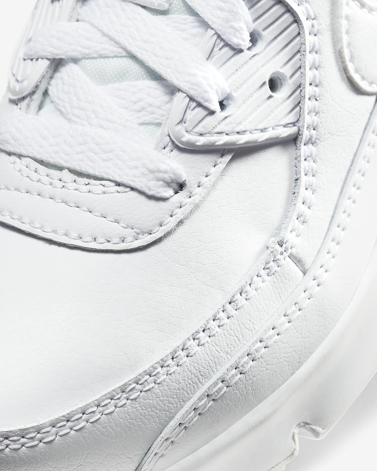 Nike Air Max 90 Younger Kids' Shoe. Nike LU