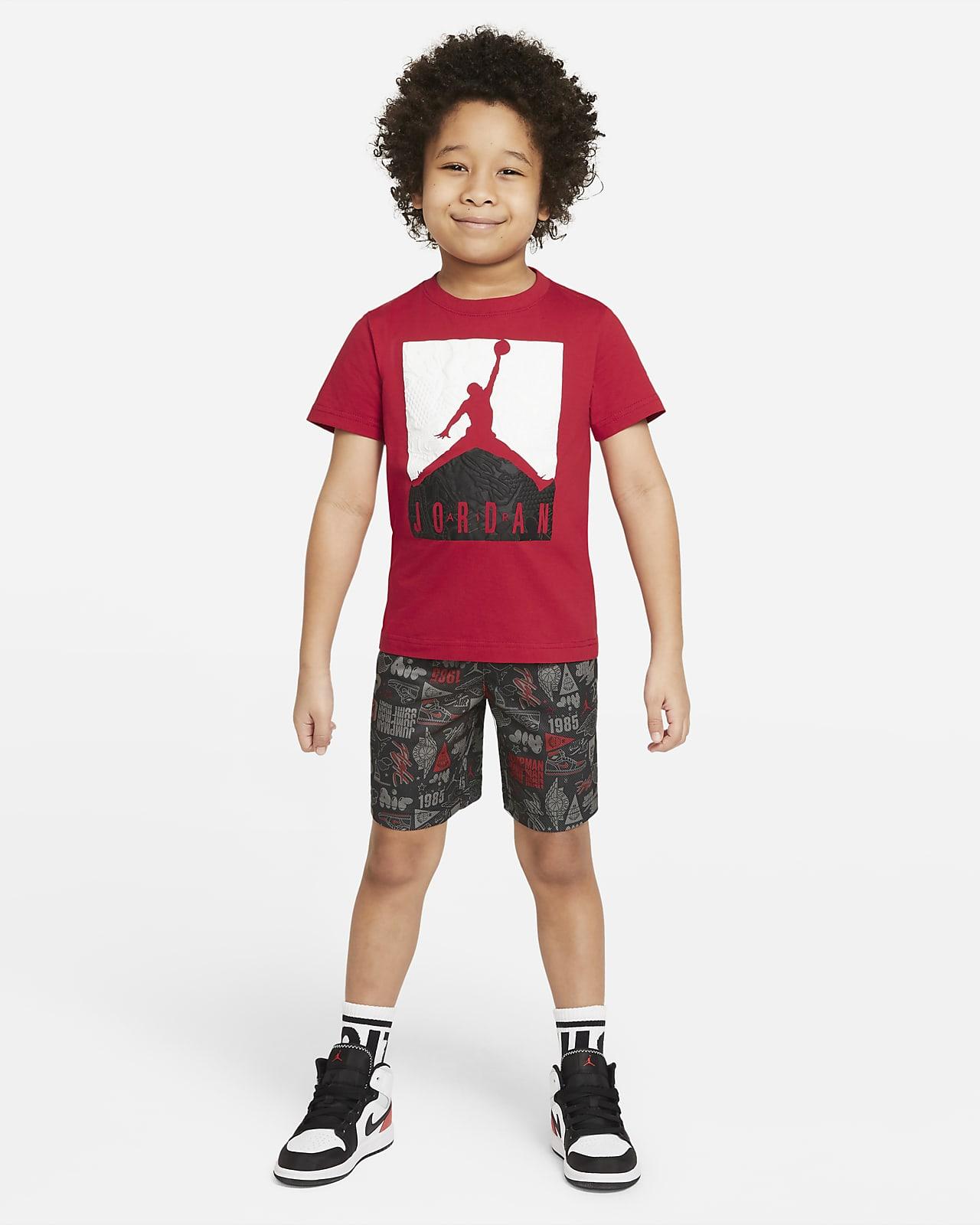 Conjunto de playera y shorts para niños talla pequeña Jordan