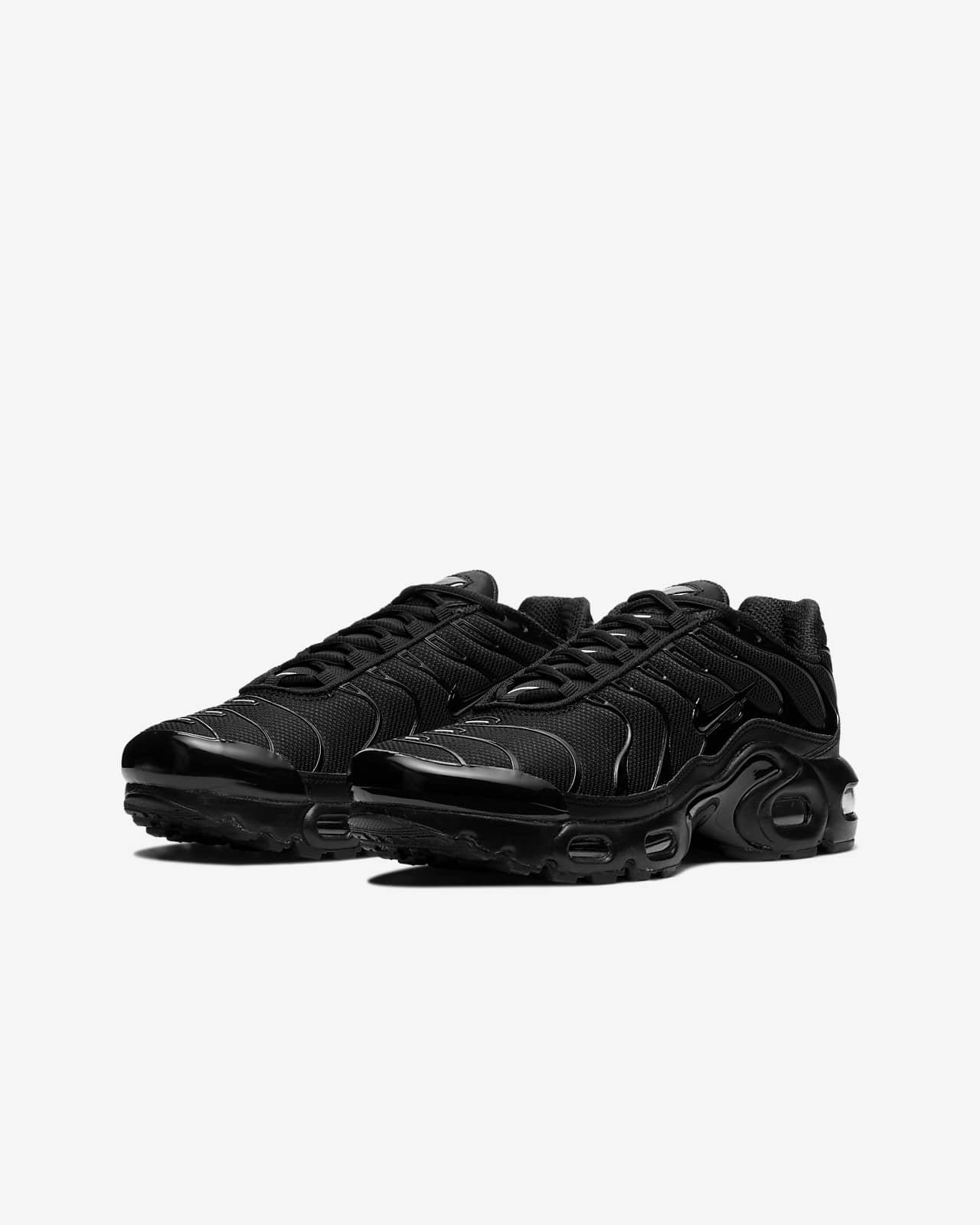 Nike Air Max Plus Older Kids' Shoe. Nike LU