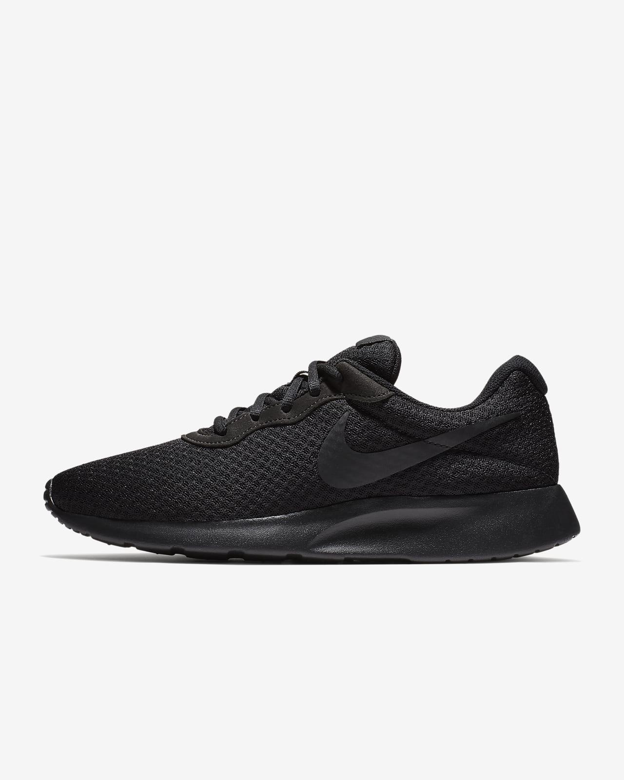 Nike Tanjun Men's Shoe. Nike NO