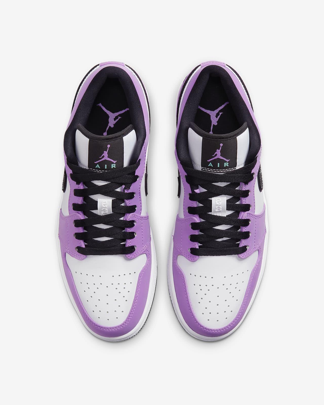 Air Jordan 1 Low SE Shoe. Nike LU