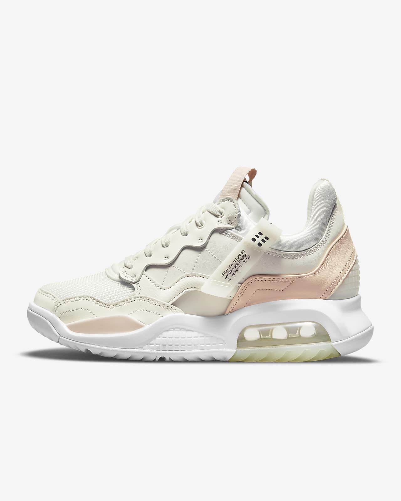 Jordan MA2 Women's Shoes