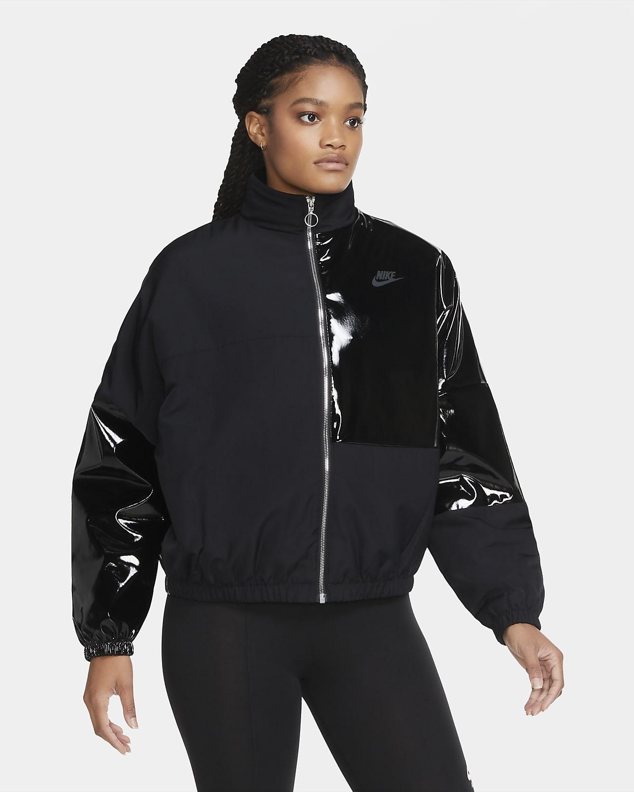 Nike Sportswear Icon Clash-jakke med syntetisk fyld til kvinder