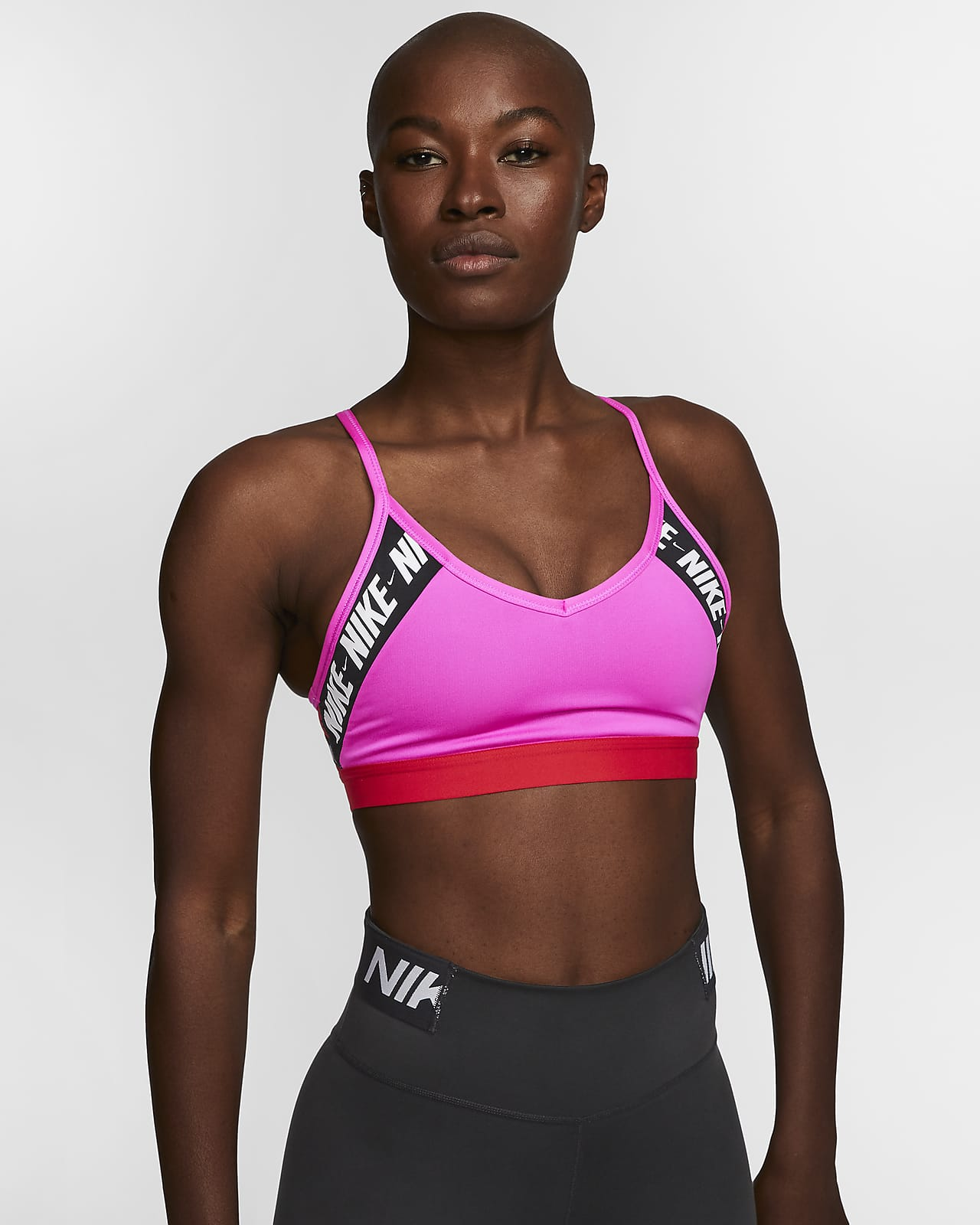 Sujetador deportivo de sujeción ligera con logotipo para mujer Nike Indy