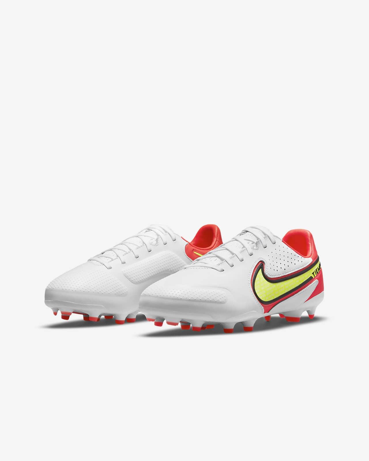 Chaussures de football à crampons pour terrain sec Nike Jr. Tiempo Legend 9 Pro FG pour Enfant plus âgé