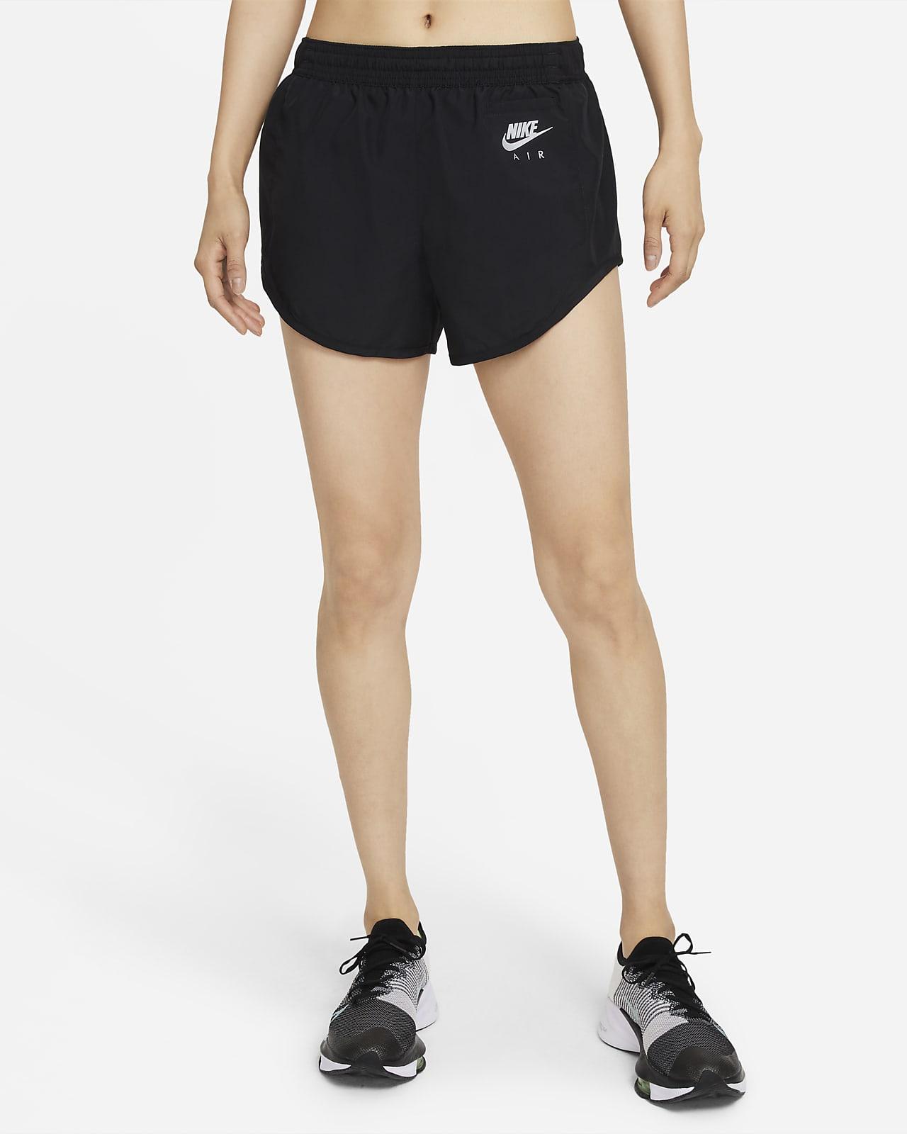 กางเกงวิ่งขาสั้นมีซับในผู้หญิง Nike Air Dri-FIT
