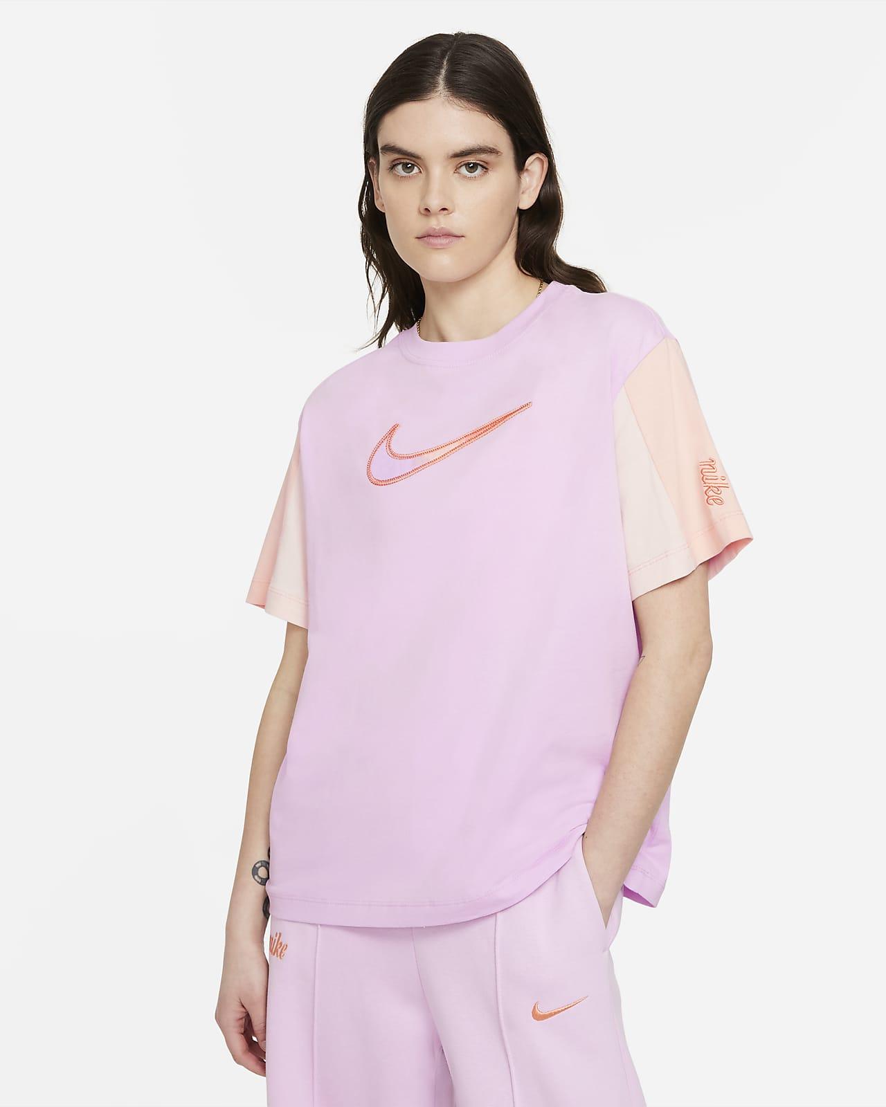 Nike Sportswear Essential Women's Short-Sleeve Top
