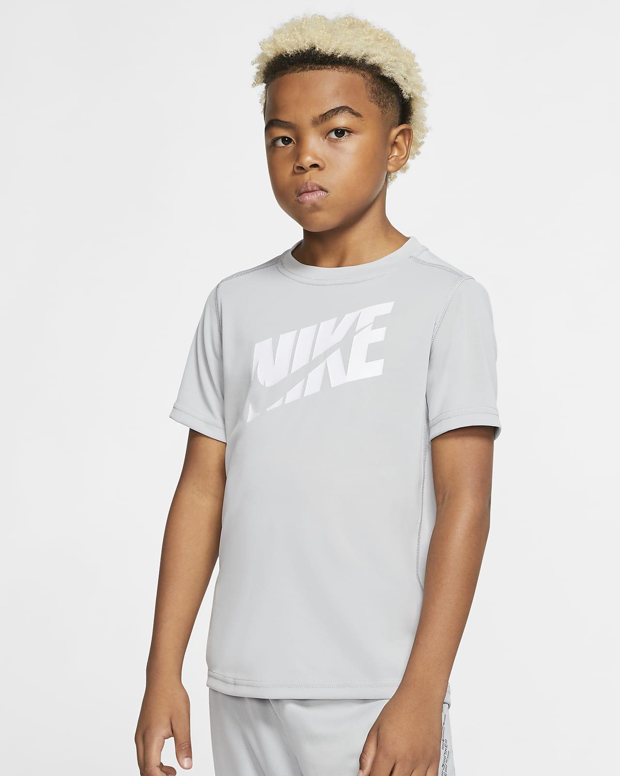 Nike kortermet treningsoverdel til store barn (gutt)