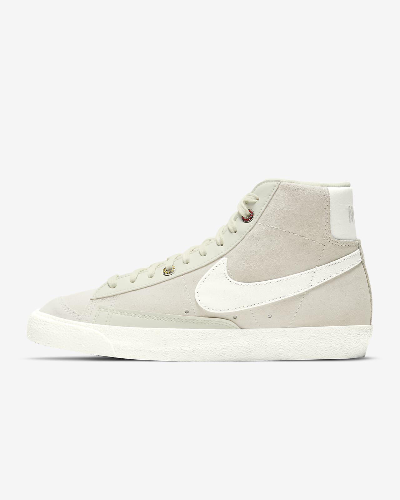 Nike Blazer Mid '77 Women's Shoes. Nike AT