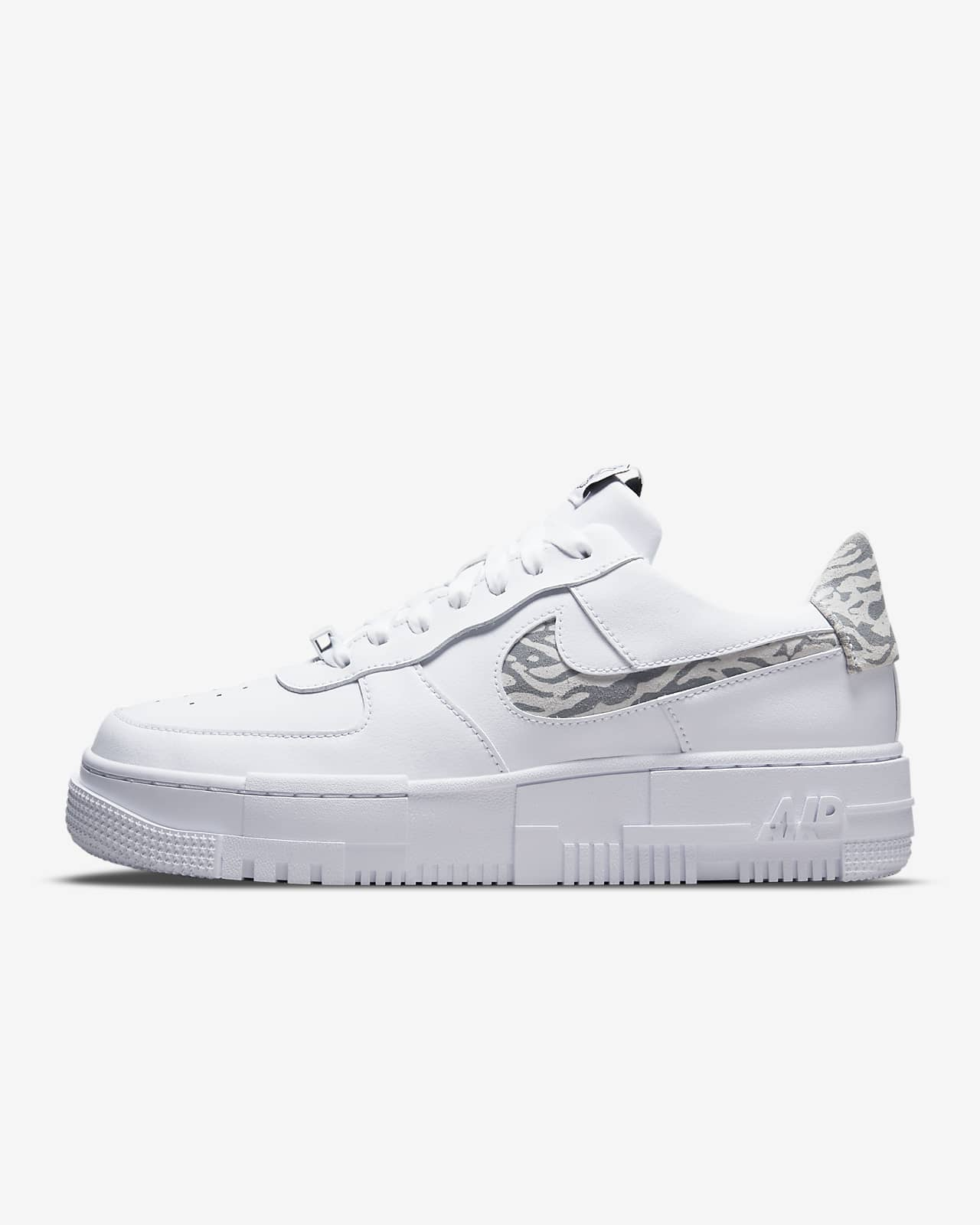 Chaussures Nike Air Force 1 Pixel SE pour Femme