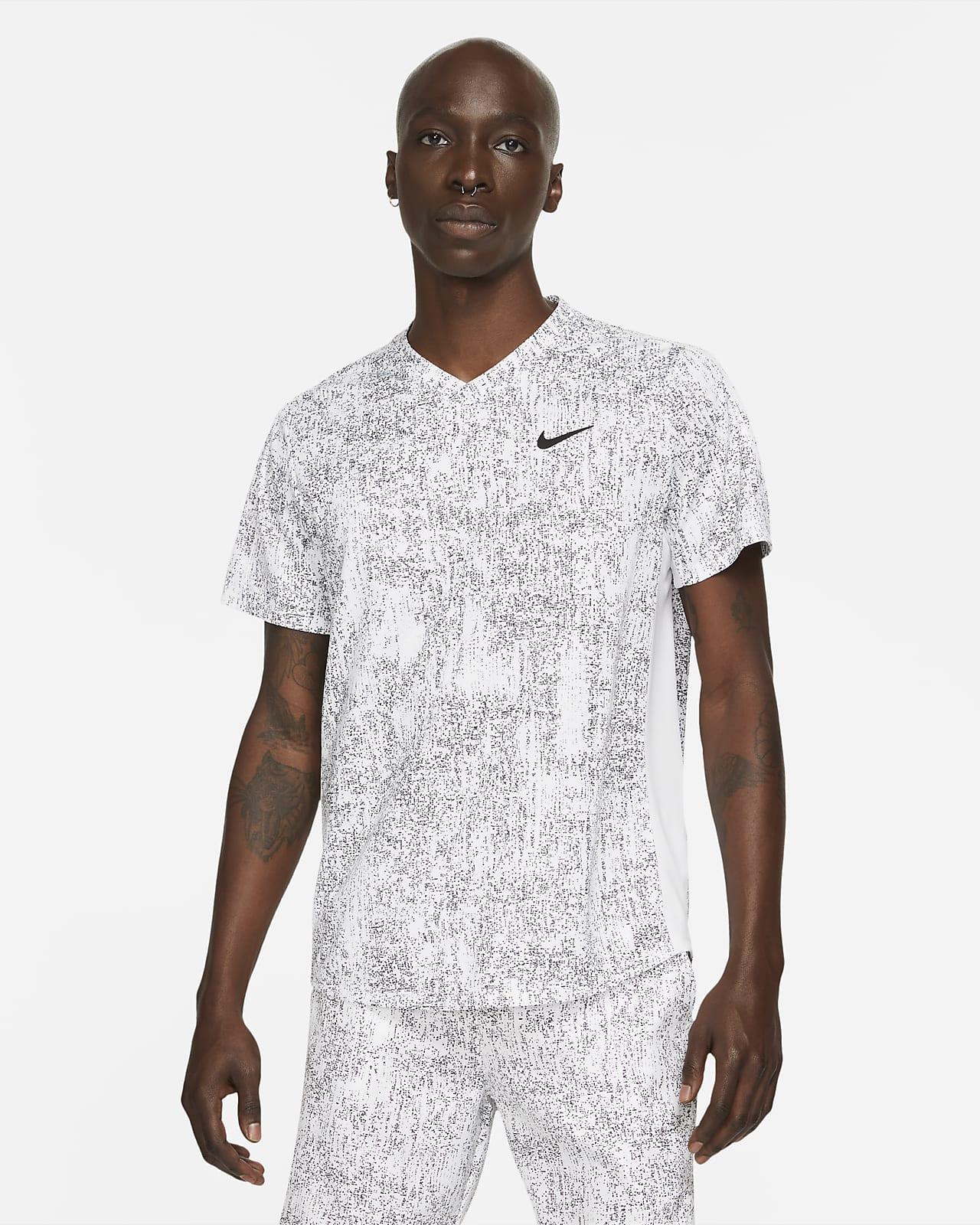 Prenda para la parte superior de tenis estampada para hombre NikeCourt Dri-FIT Victory