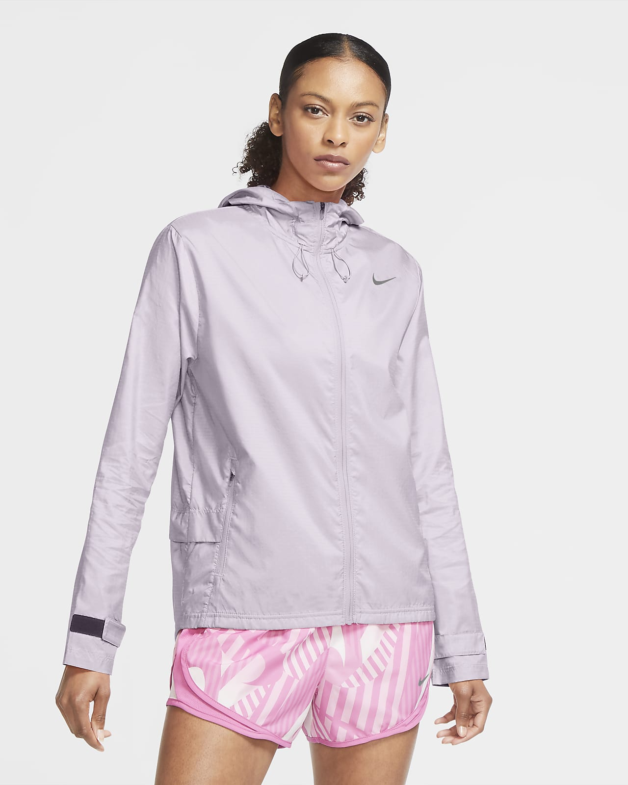 Γυναικείο τζάκετ για τρέξιμο Nike Essential