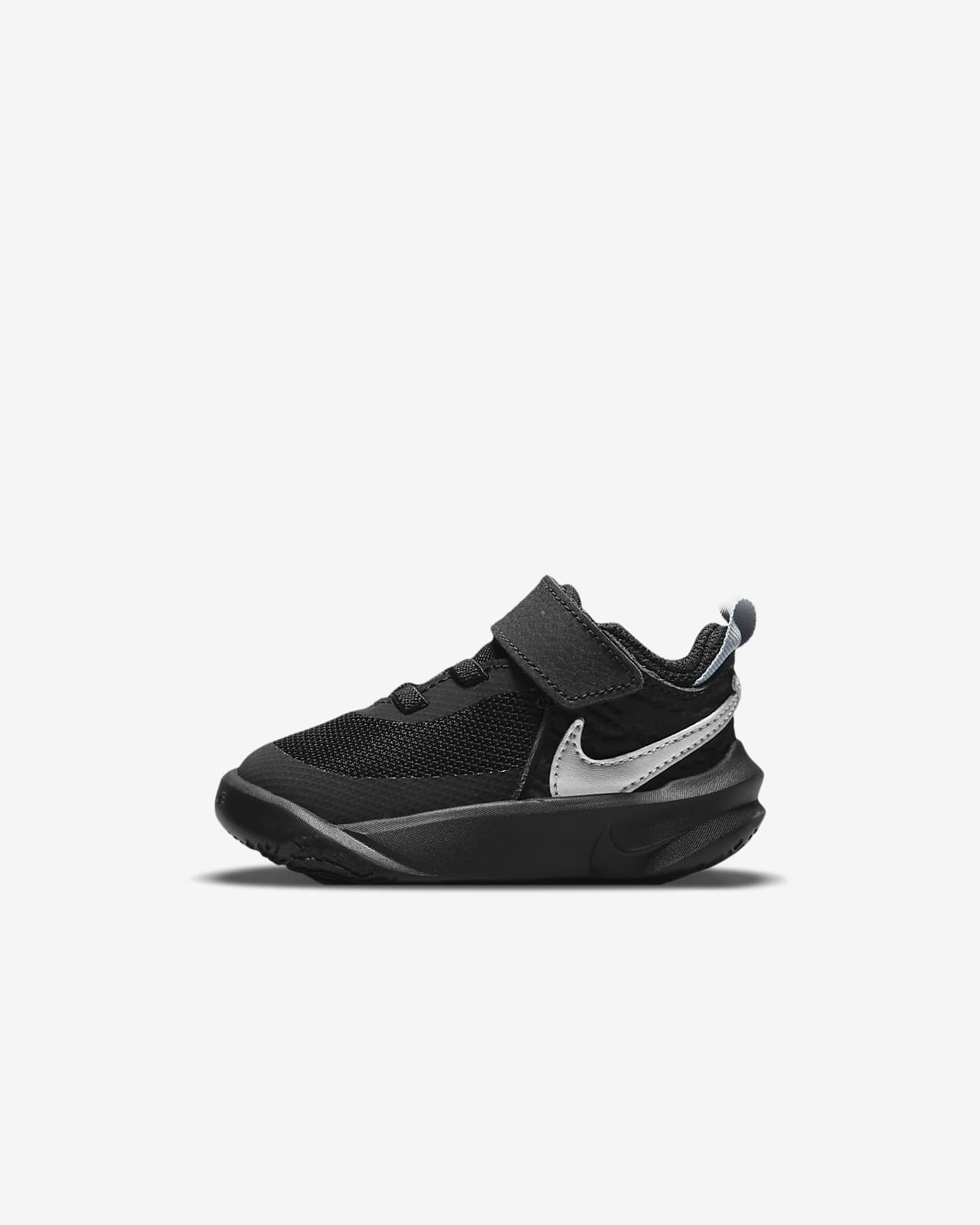 Nike Team Hustle D 10 Baby & Toddler Shoe