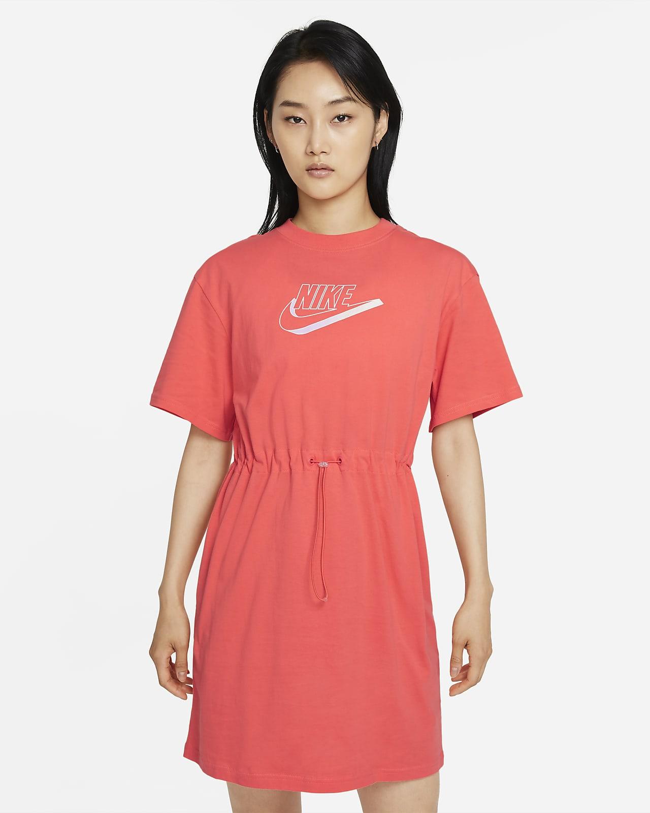 เดรสผู้หญิง Nike Sportswear