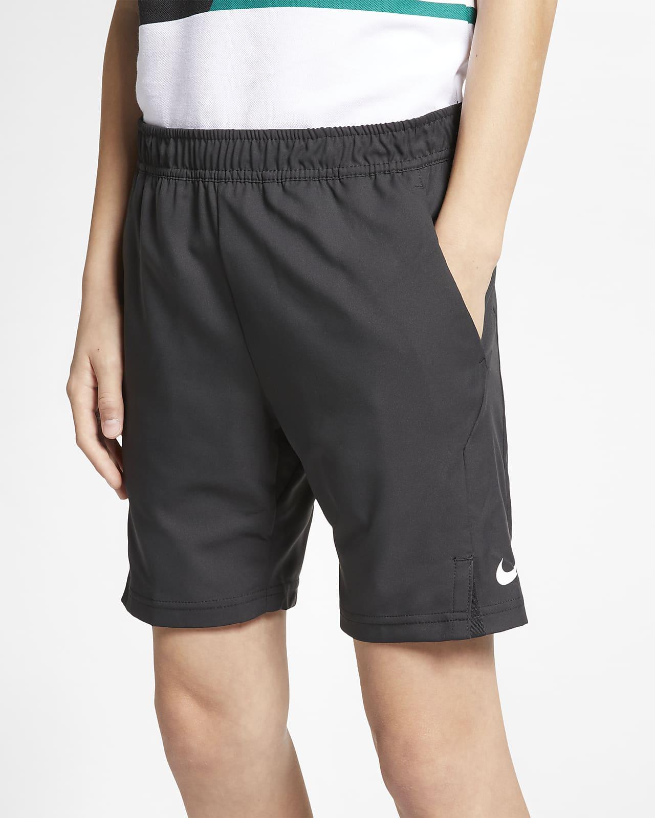 Tenisové kraťasy NikeCourt Dri-FIT pro větší děti (chlapce)