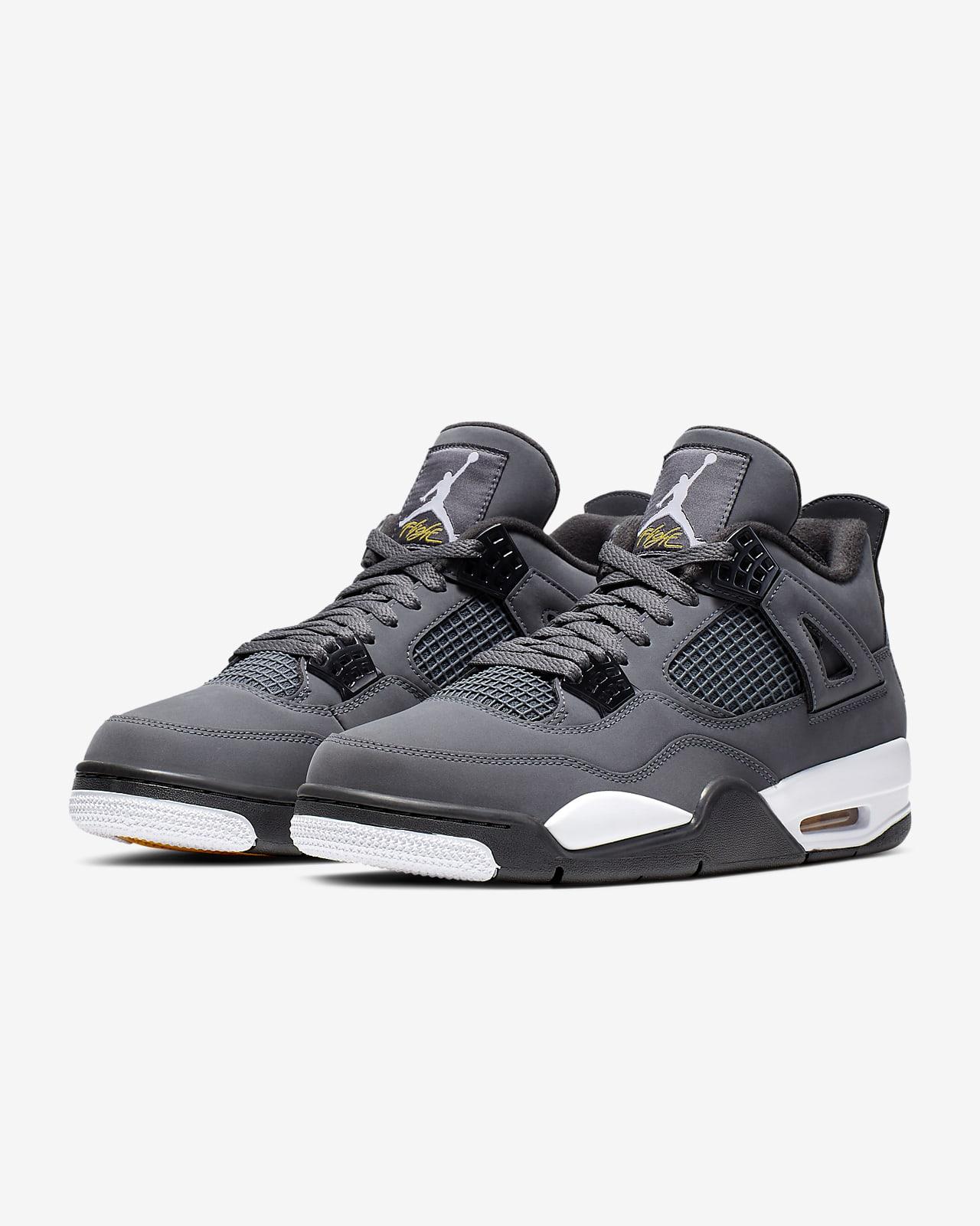 Air Jordan 4 Retro Men's Shoe. Nike IN