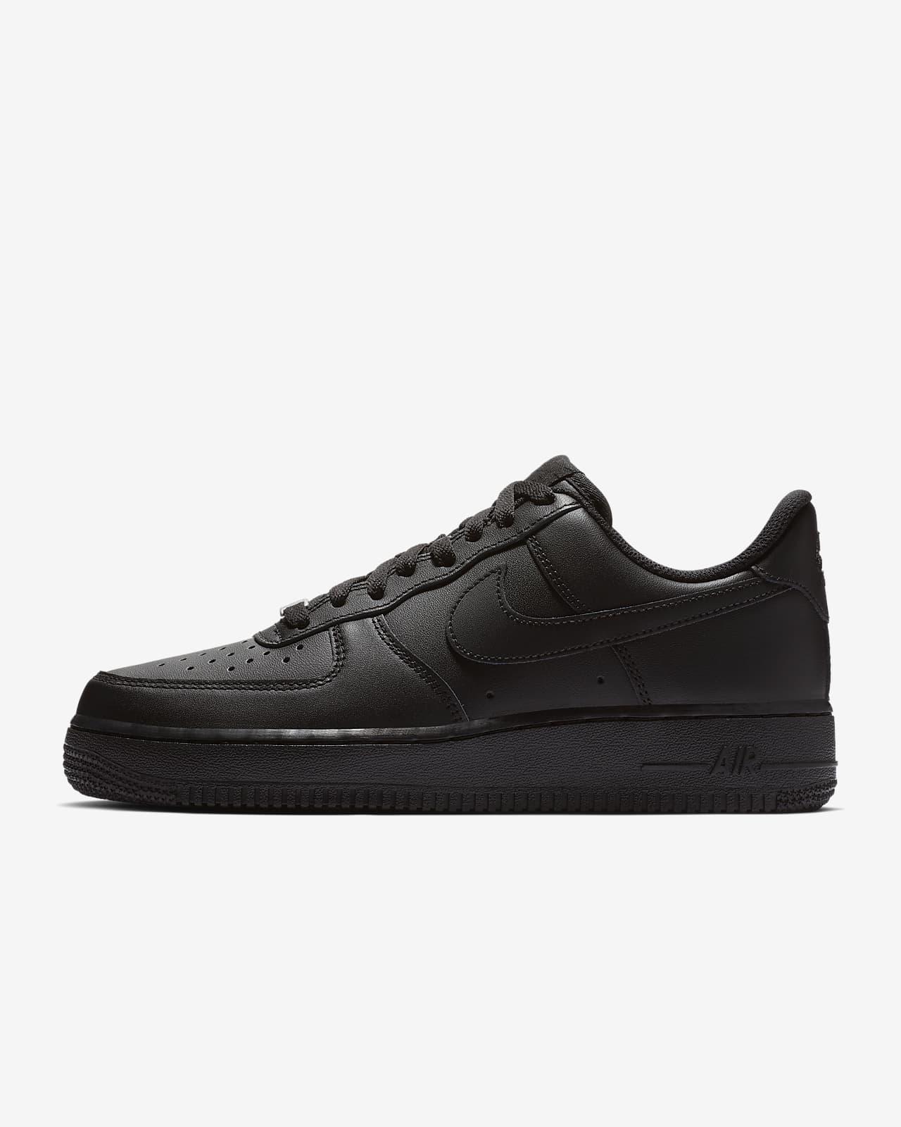 รองเท้าผู้หญิง Nike Air Force 1 '07