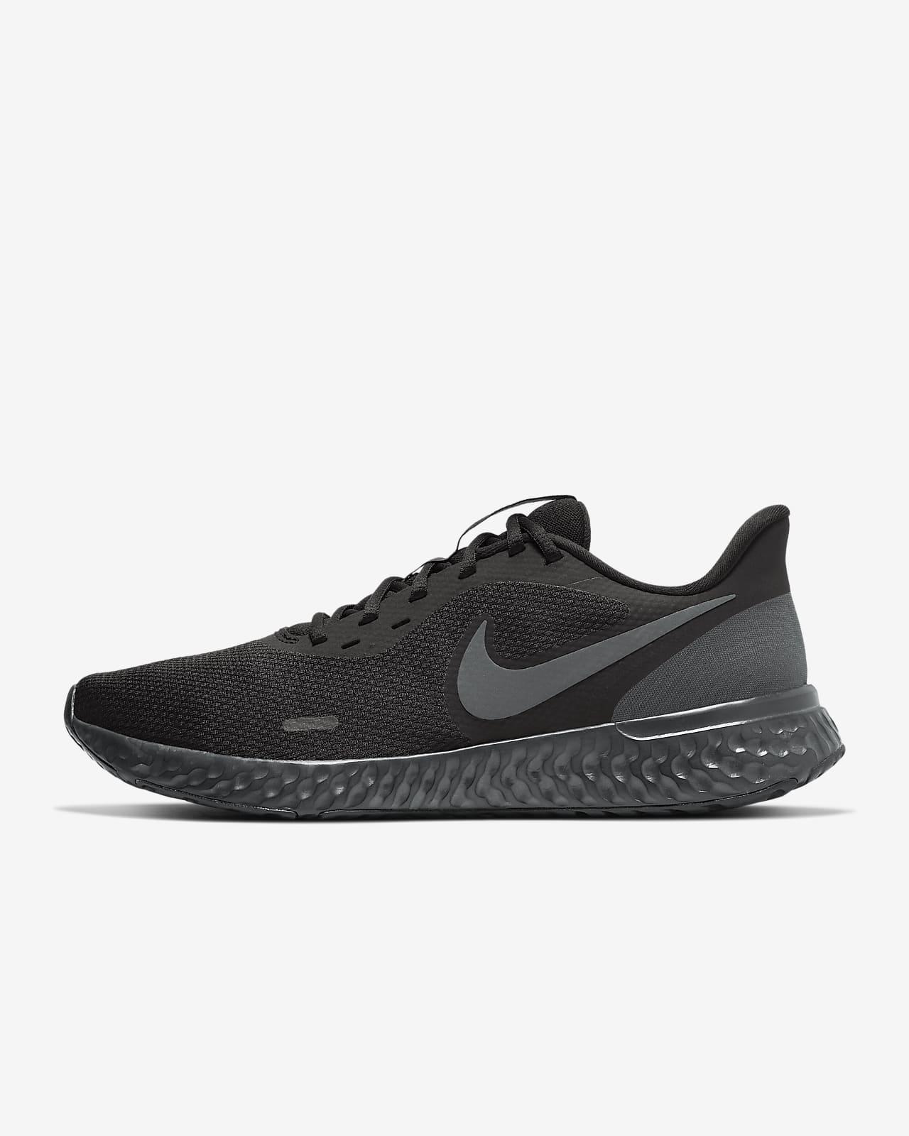 Calzado de running para hombre Nike Revolution 5