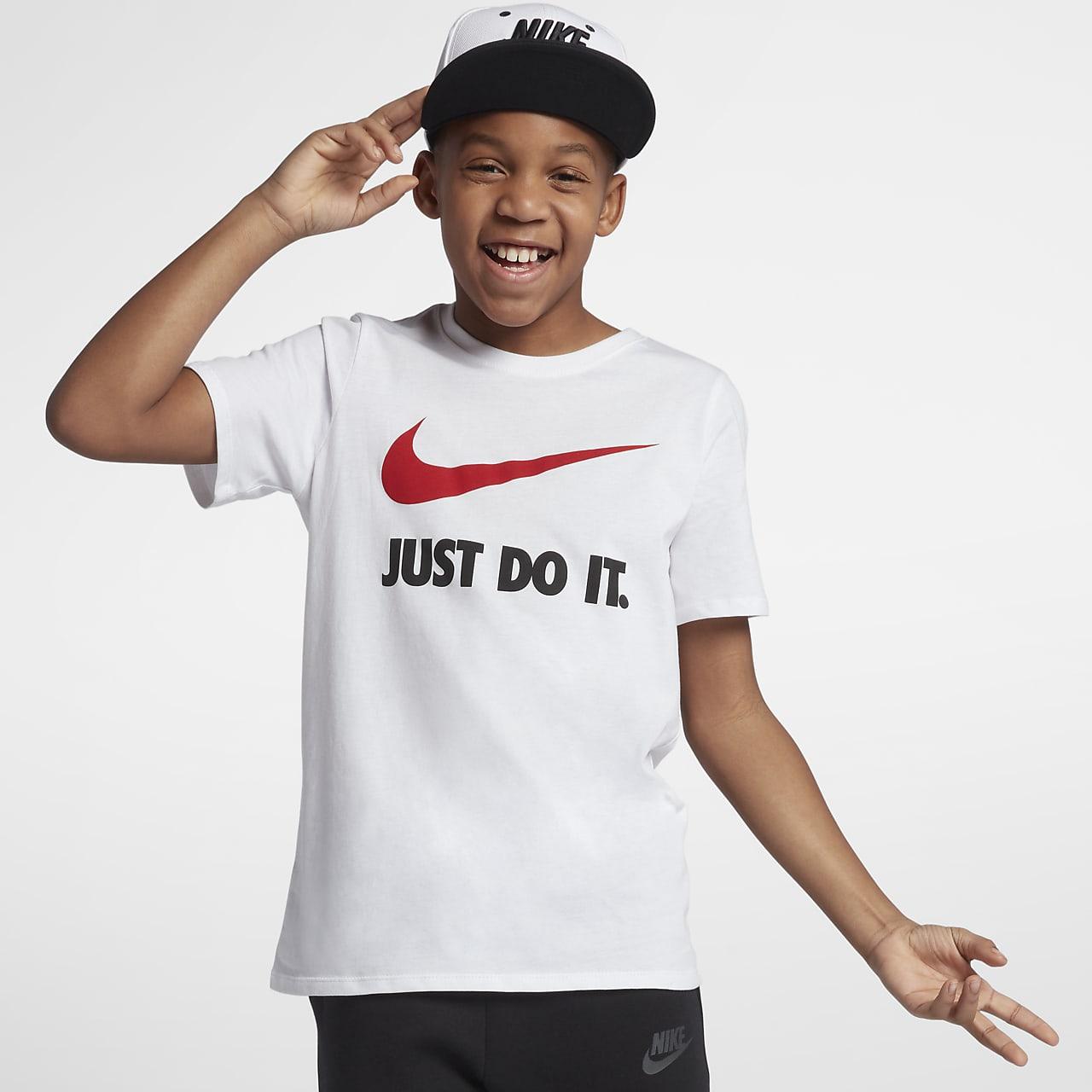 Swoosh Older Kids' (Boys') T-Shirt. Nike AU