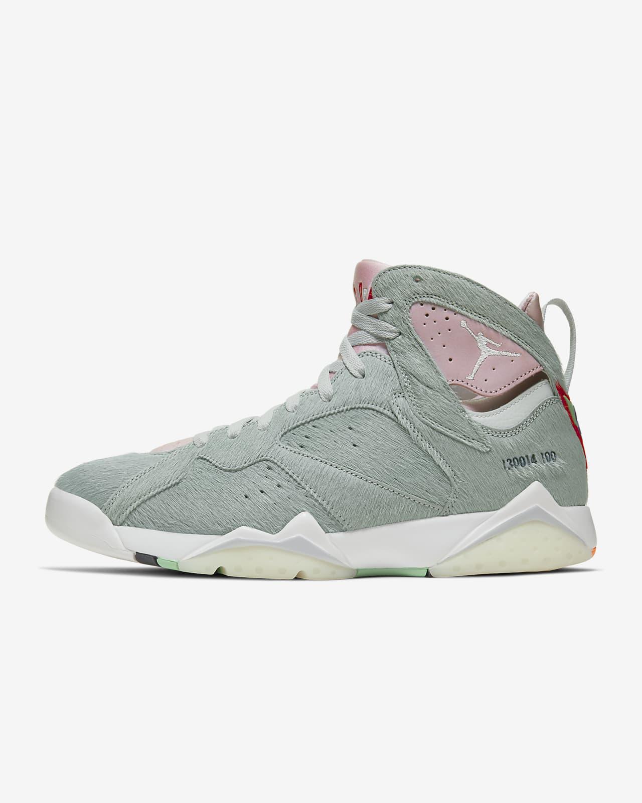 Air Jordan 7 Retro SE Shoe. Nike IN