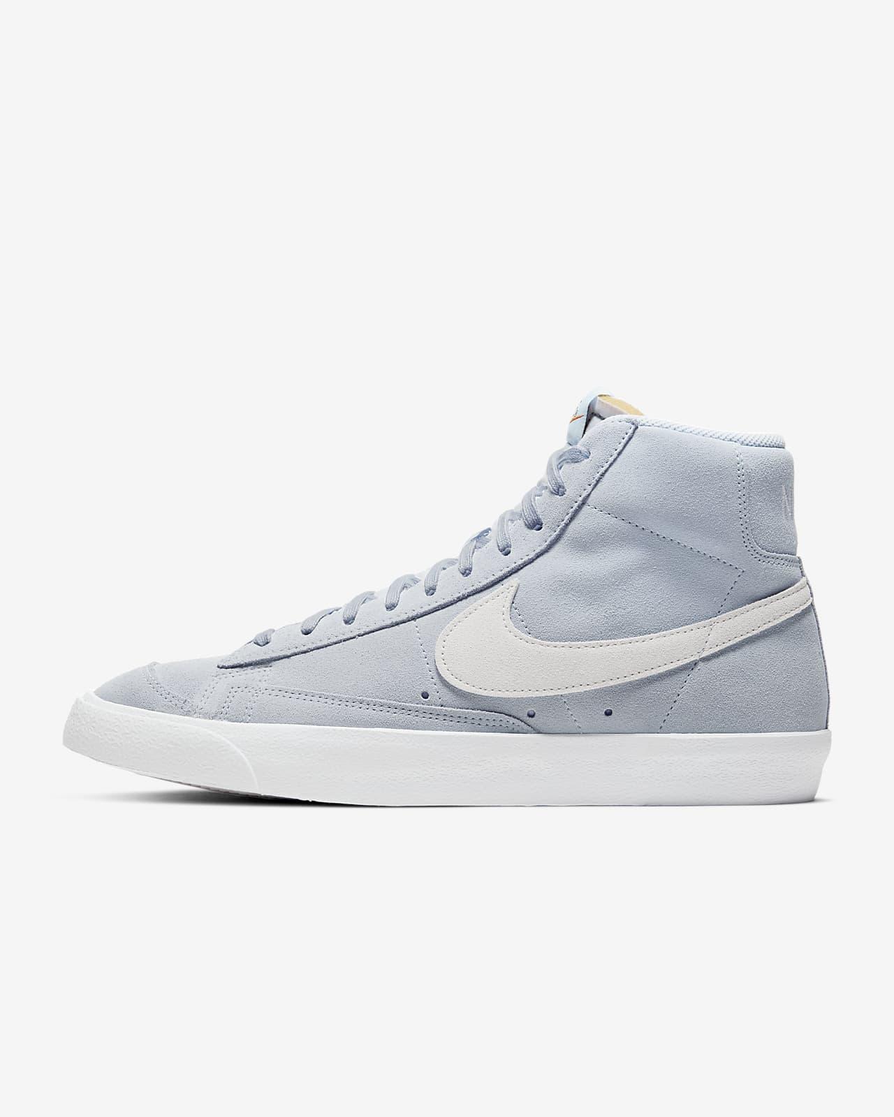 Nike Blazer Mid '77 Suede Shoe. Nike LU