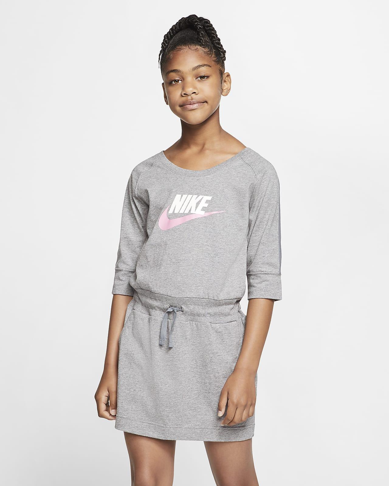 Nike Sportswear Swoosh Older Kids' (Girls') Dress