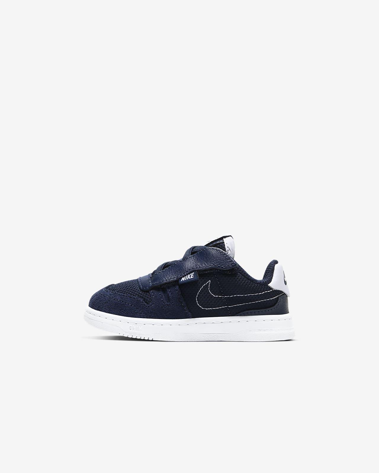 Nike Squash-Type cipő babáknak
