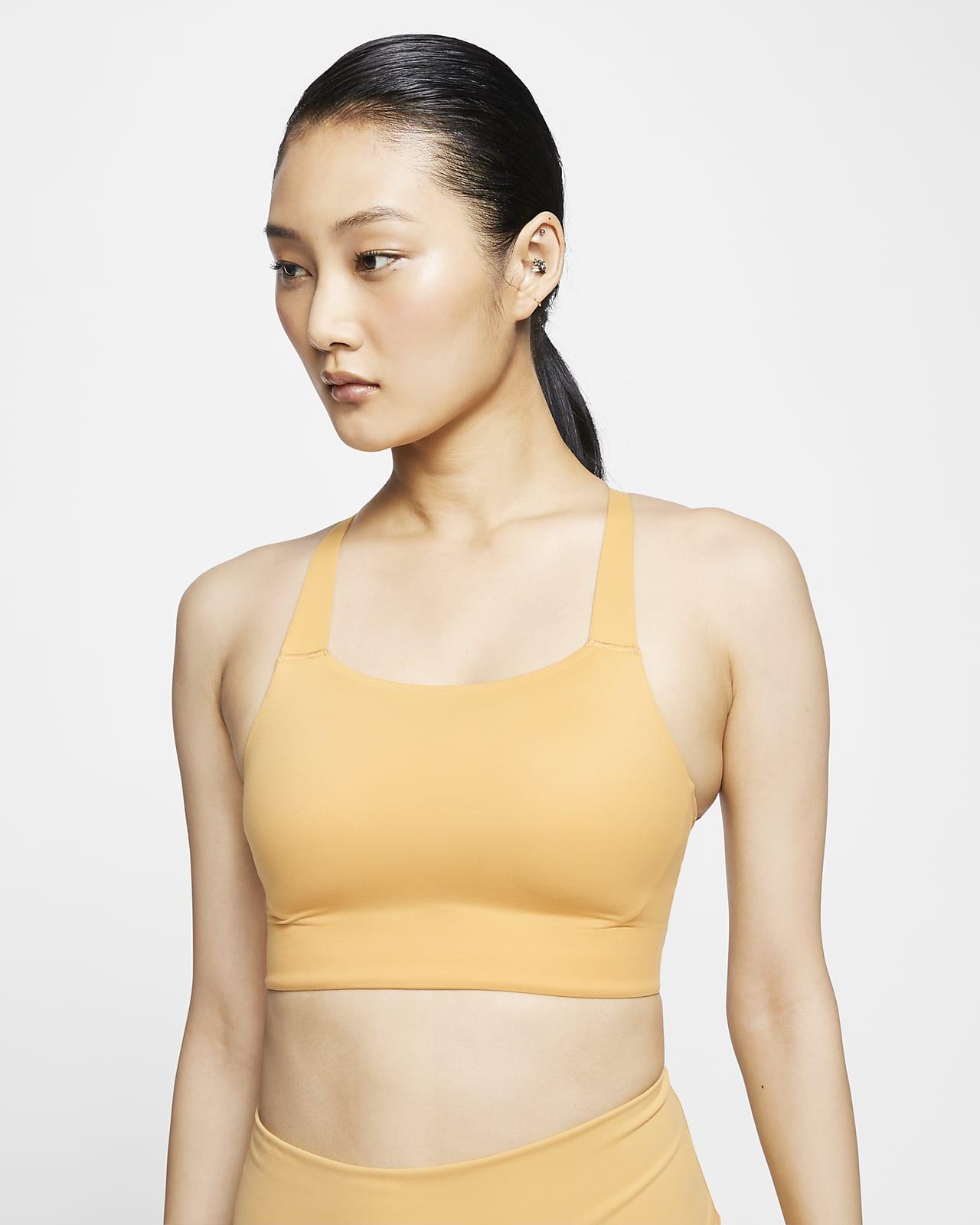 สปอร์ตบราผู้หญิงซัพพอร์ตระดับกลางเสริมฟองน้ำ Nike Swoosh Luxe